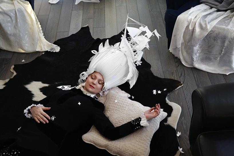 827ea-baroque-paper-wigs-mongolian-costumes-asya-kozina-etoday-05.jpg