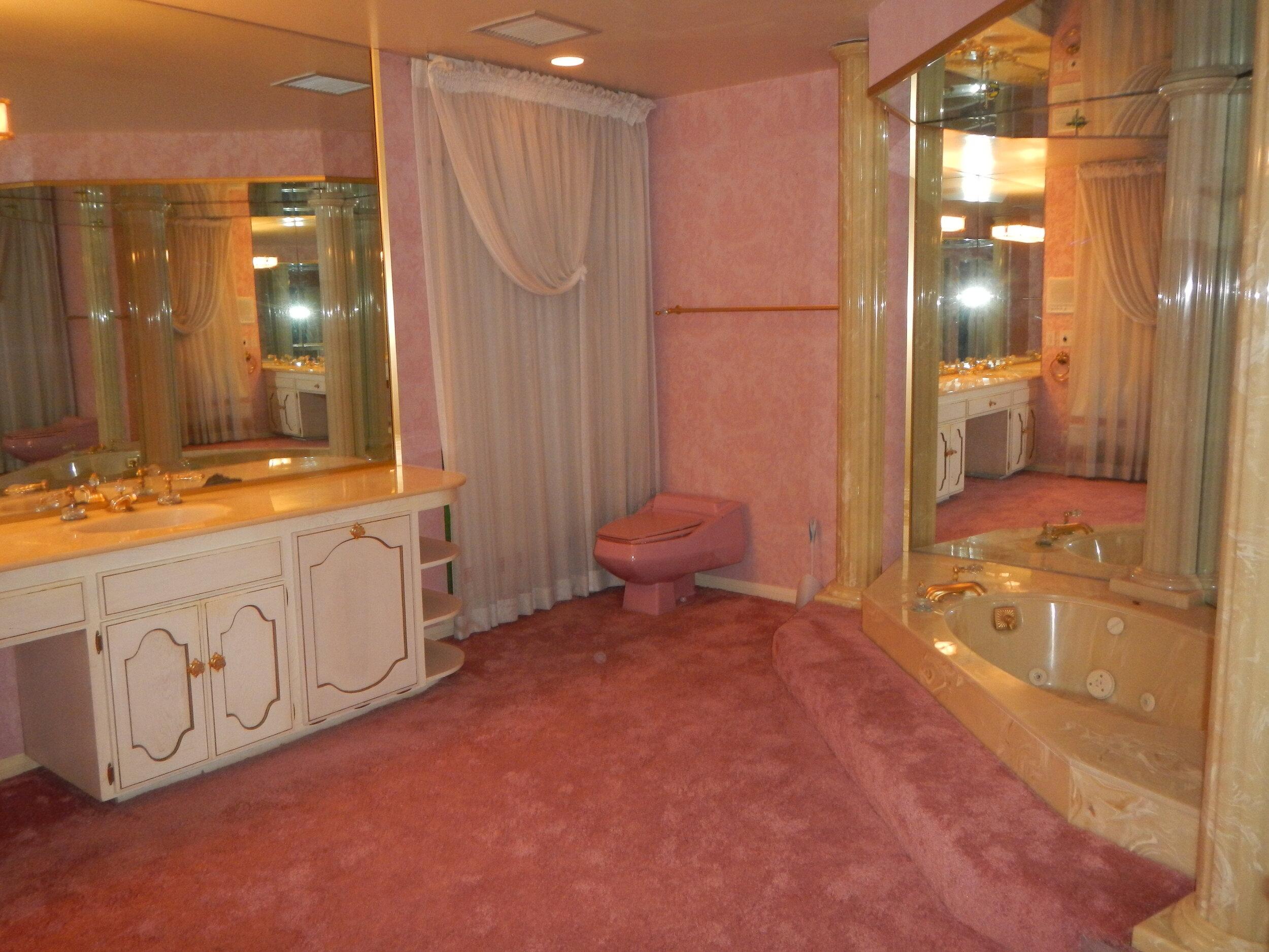 master-bath-629752.jpg