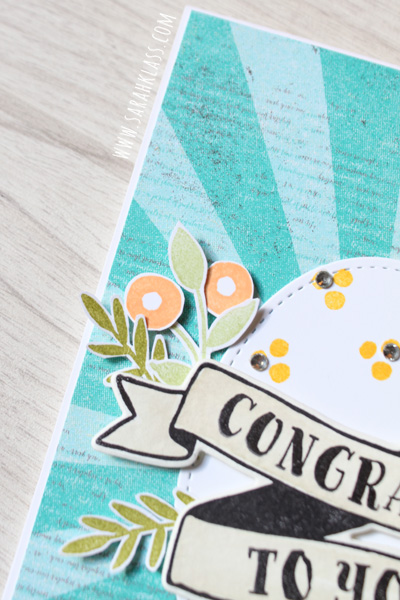 I love the grungy, roughed up look of the DSP design and the contrast with the crisp, bright flowers. You can also see the merest touch of Crumb Cake that I watercoloured onto the banner in this close up...