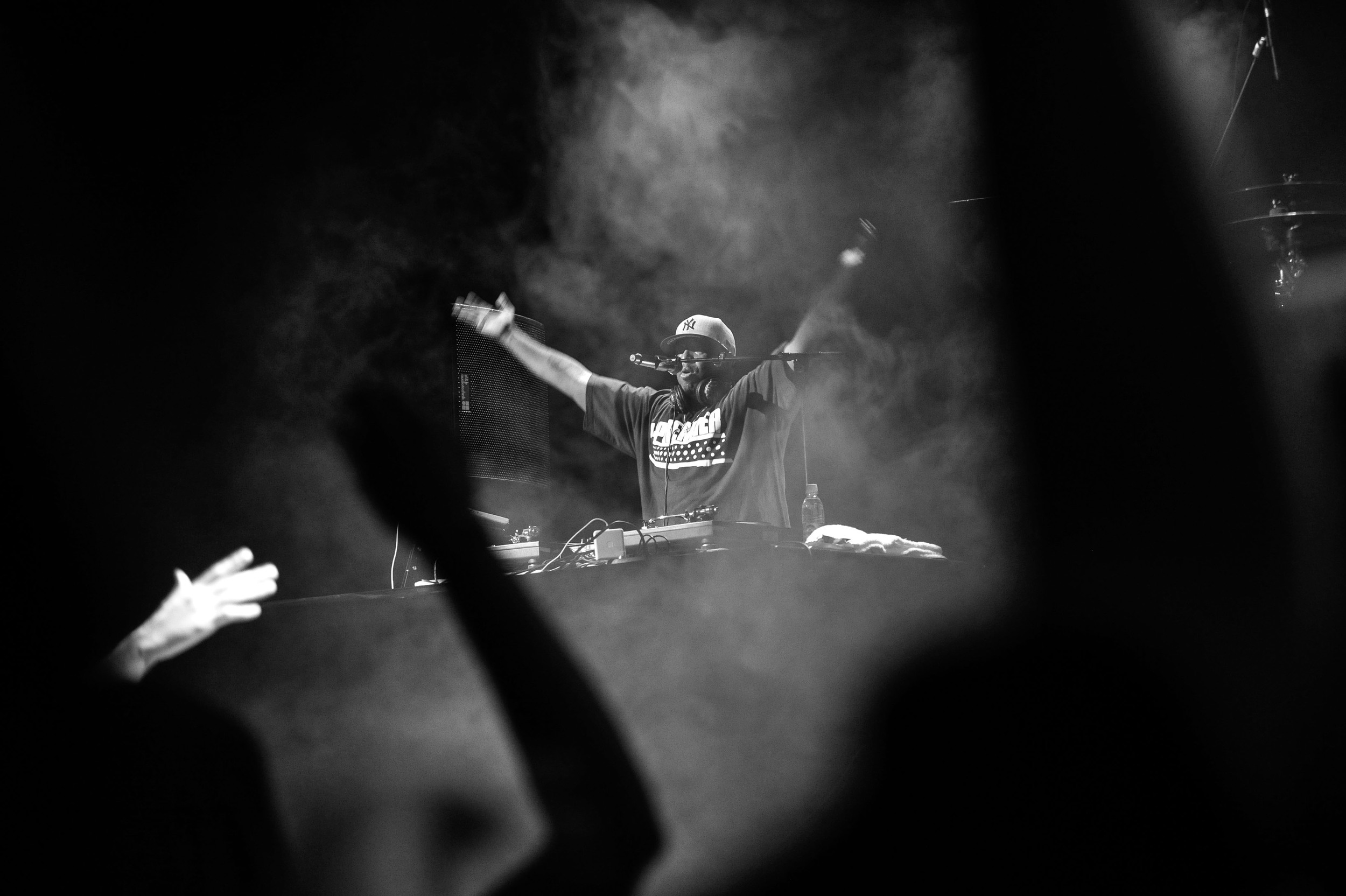 "US DJ Premier motivates the crowd at a live-concert in Munich, Germany on 06. September 2015. The concert is part of the ""DJ Premier & Live-Band""-Tour all around Europe from Thursday 03 September 2015 till Sunday 13 September 2015."