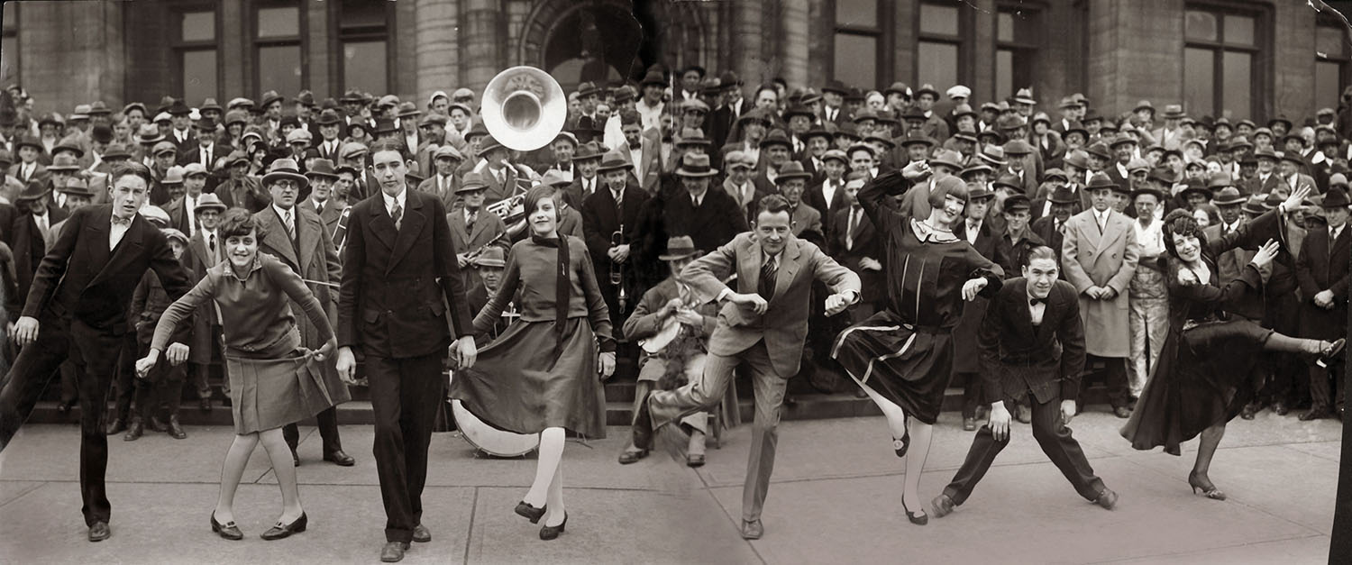 Charleston dance contest in front of St. Louis City Hall, 13 November 1925. Photograph, 1925. Missouri History Museum.