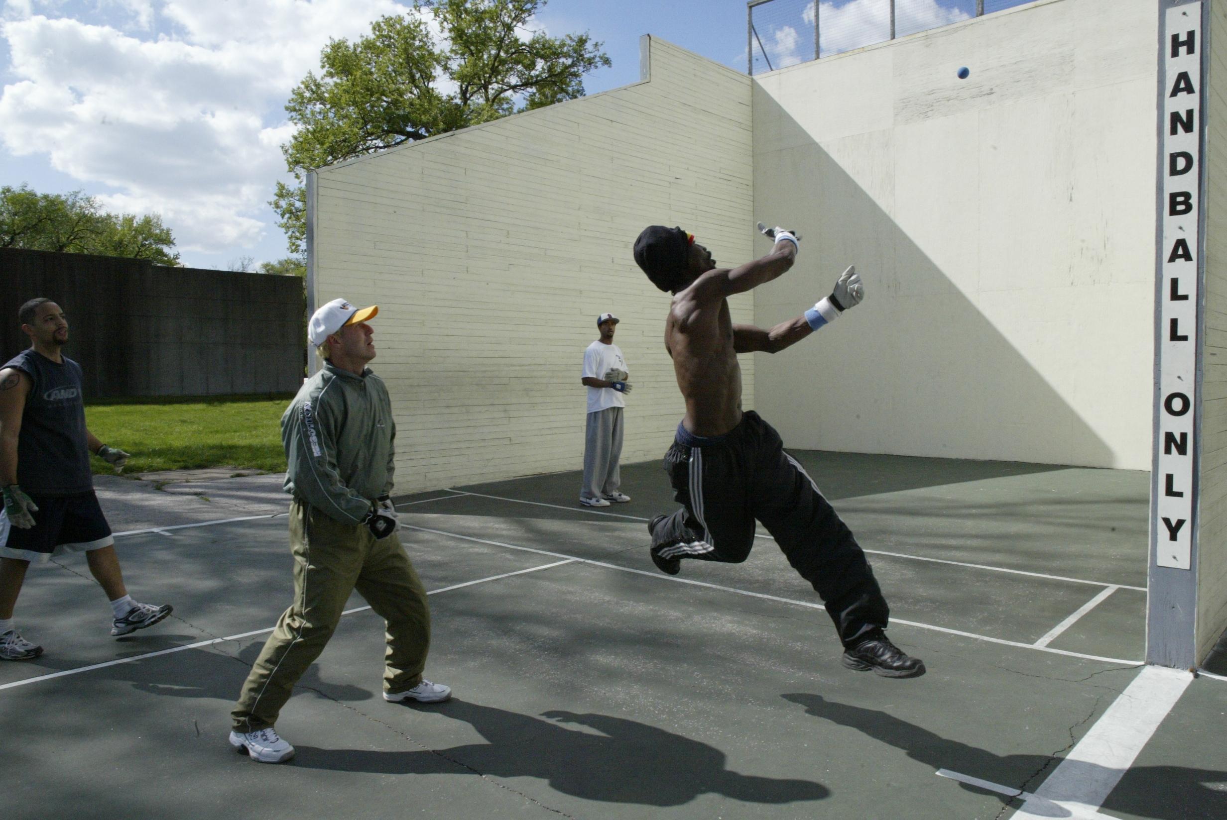handball 5 leap.JPG