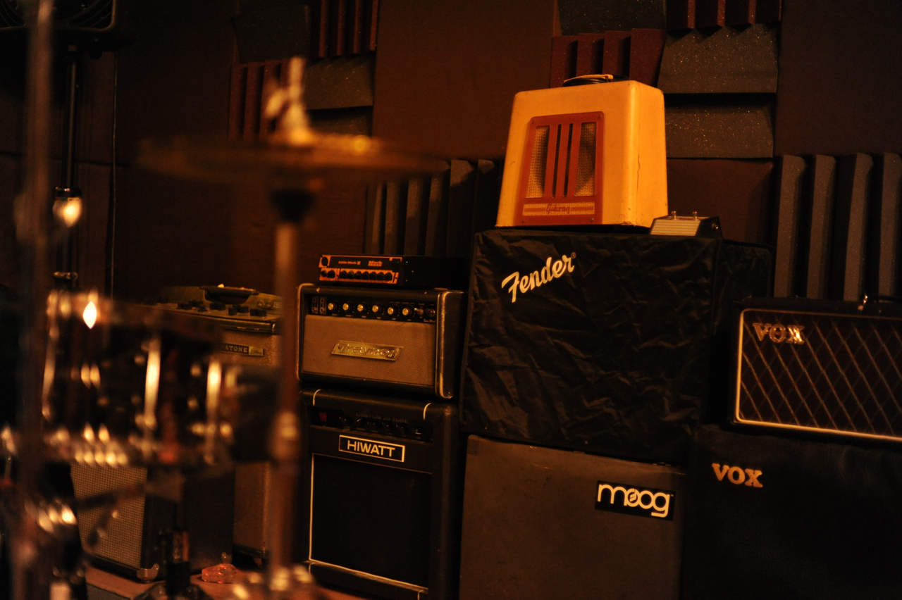 Extensive Amp Collection