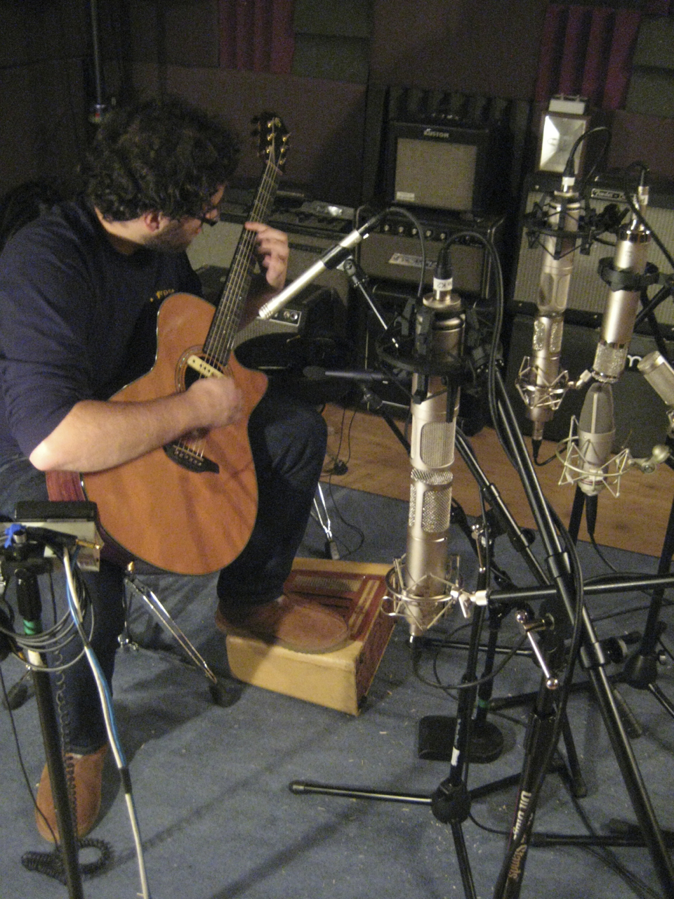 So many mics!