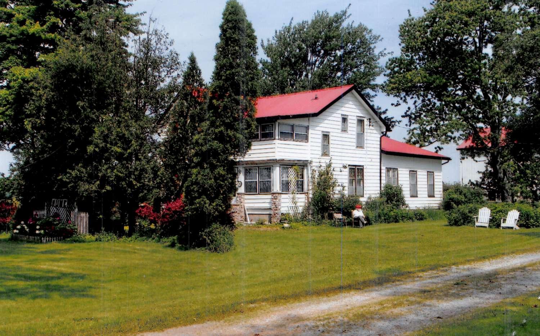 2011 - Farm house photo-1500.jpg