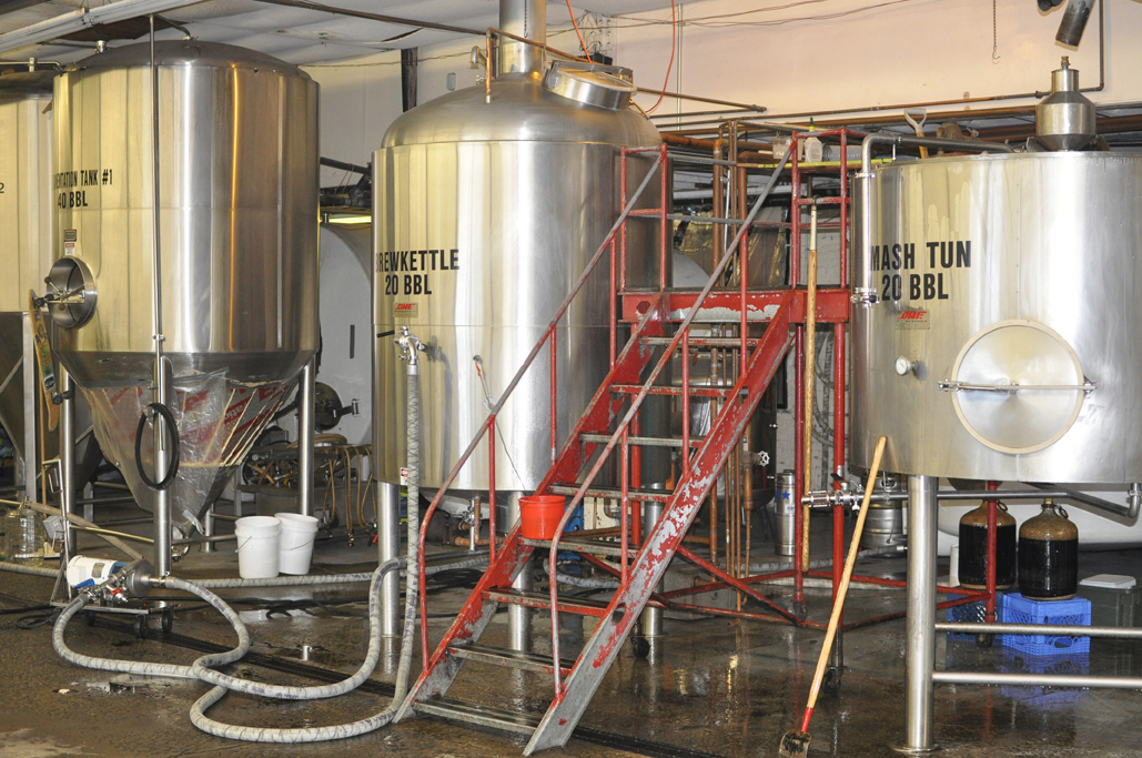 01-mashtun-brewkettle-fermentation1.jpg