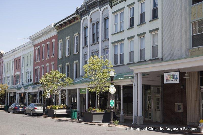 Kingston-Hudson-Valley-Stockade-Historic-District-Collonade-Wall-Street.jpg