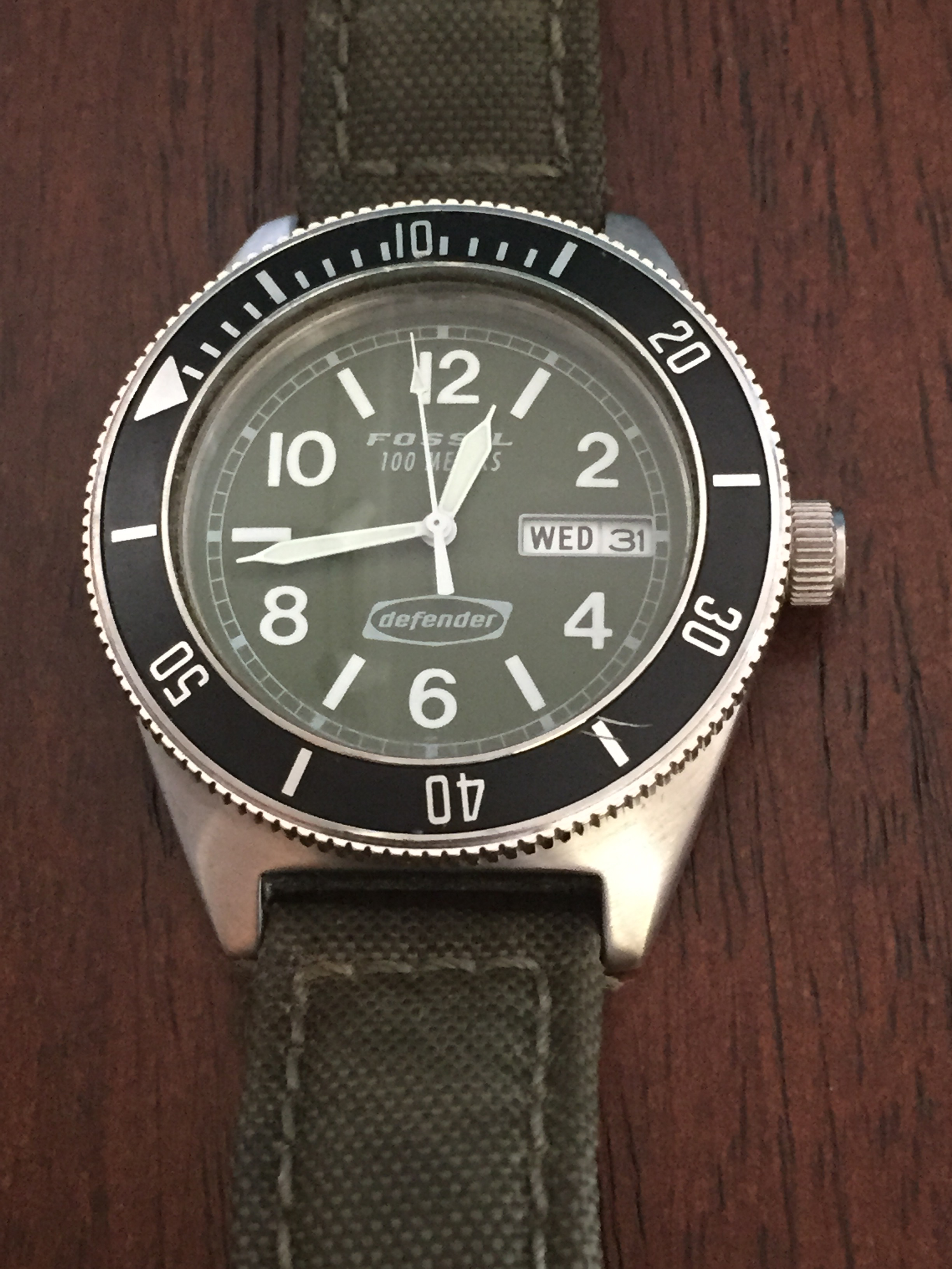 DE-1542 with green canvas band.