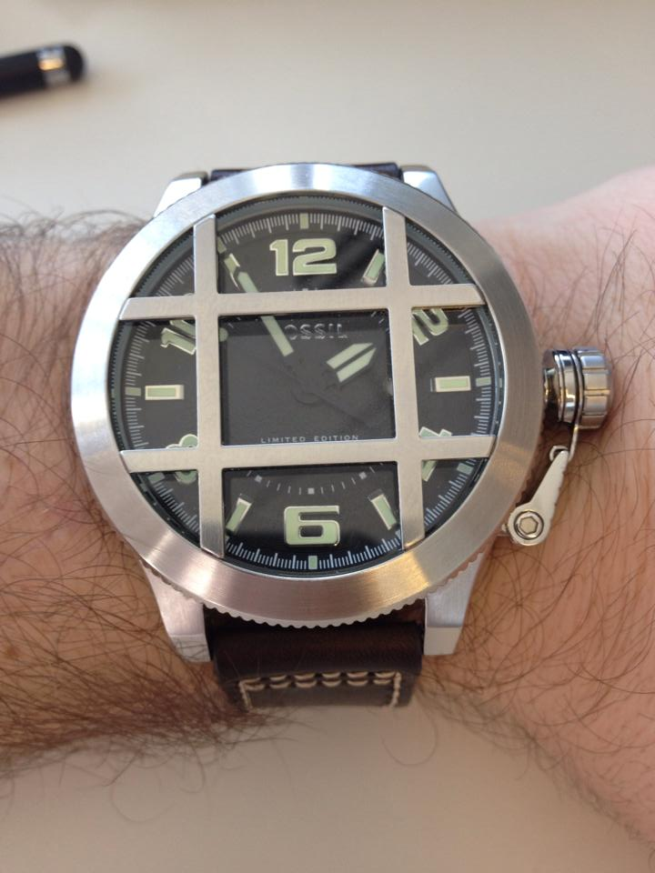 Fossil Limited Explorer LE-1002
