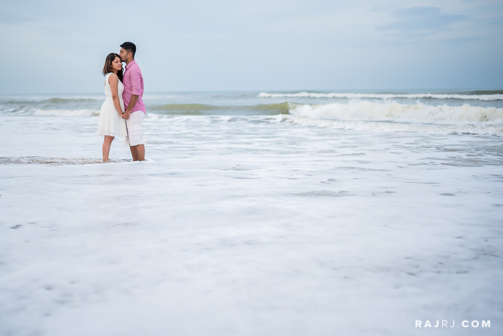 Couple_Shoot_Pondicherry_Le_Pondy_Beach-4.jpg