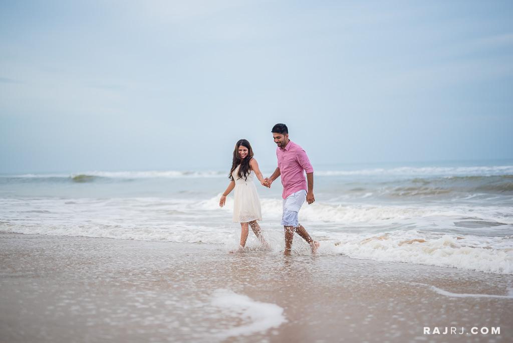 Couple_Shoot_Pondicherry_Le_Pondy_Beach-6.jpg