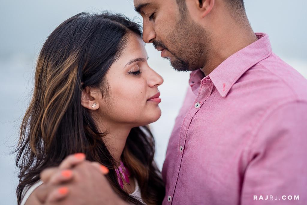 Couple_Shoot_Pondicherry_Le_Pondy_Beach-7.jpg