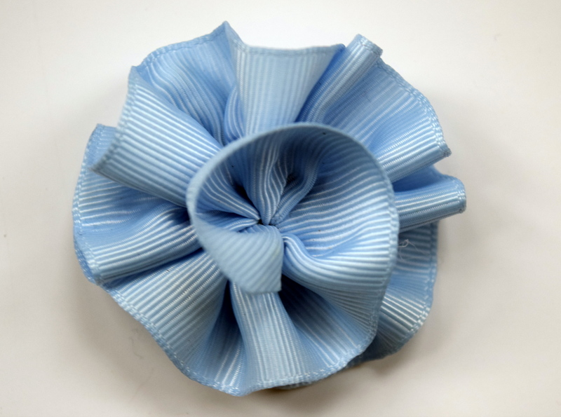Bluebird rose bow