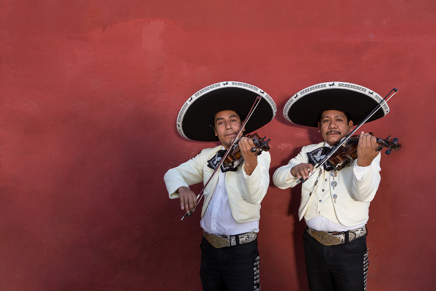A mariachi band plays during the Day of the Dead Festival known in spanish as D�a de Muertos on November 5, 2013 in Oaxaca, Mexico.