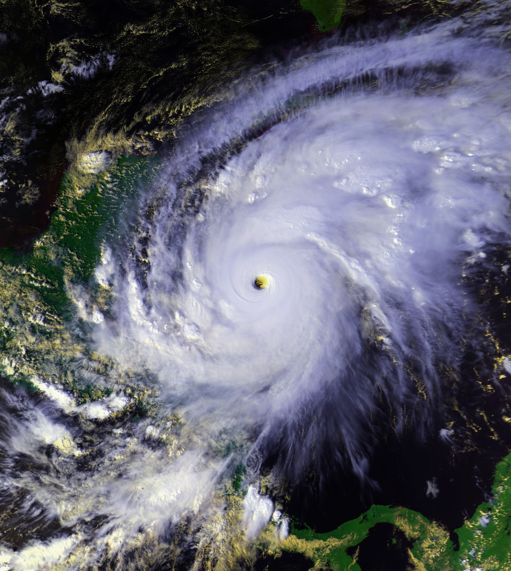 Hurricane_Mitch_1998_oct_26_2028Z.jpg