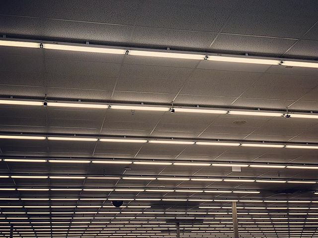 this ceiling at hobby lobby was blowing my mind #ceiling #grid #light