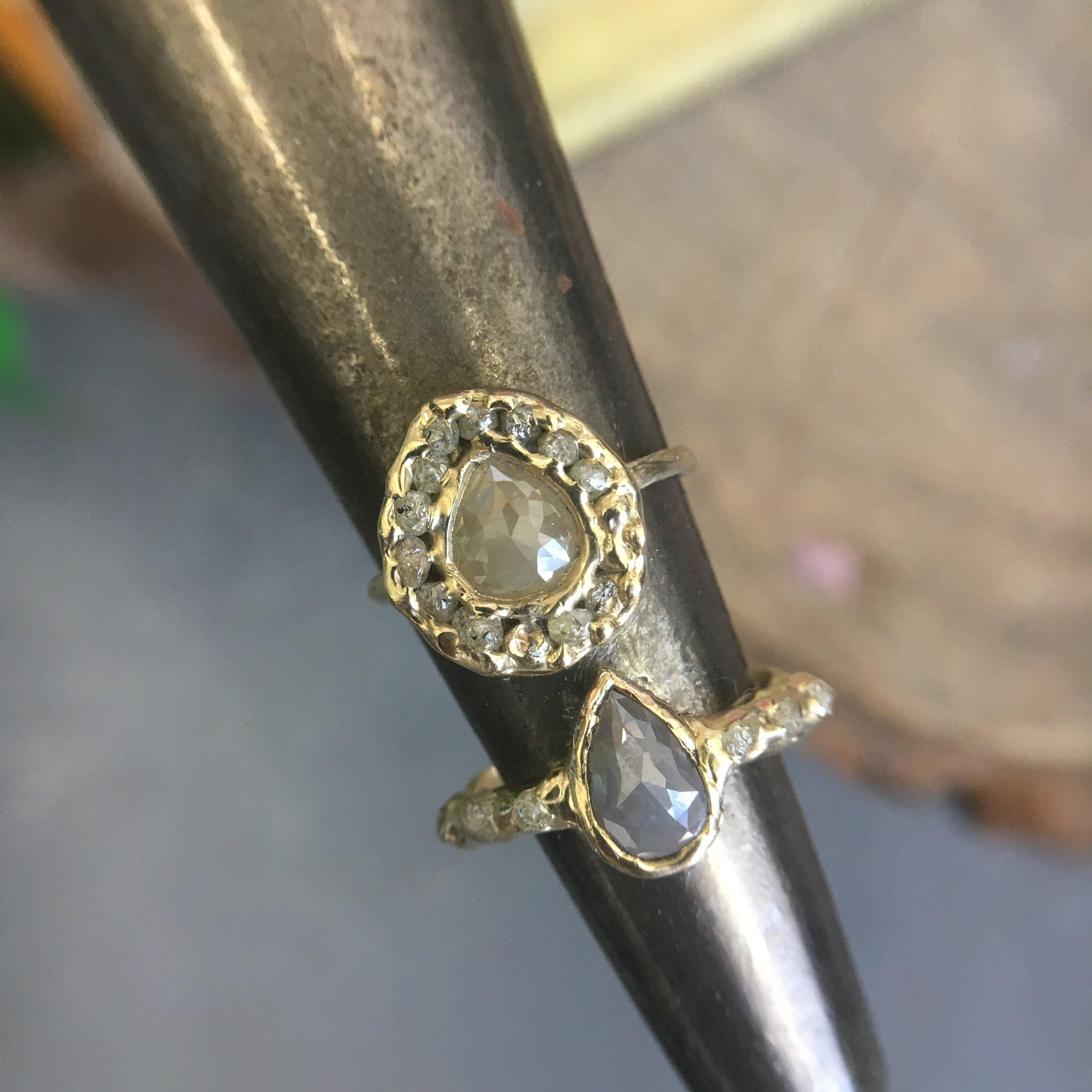 tear_drop_halo_grey_diamonds.JPG