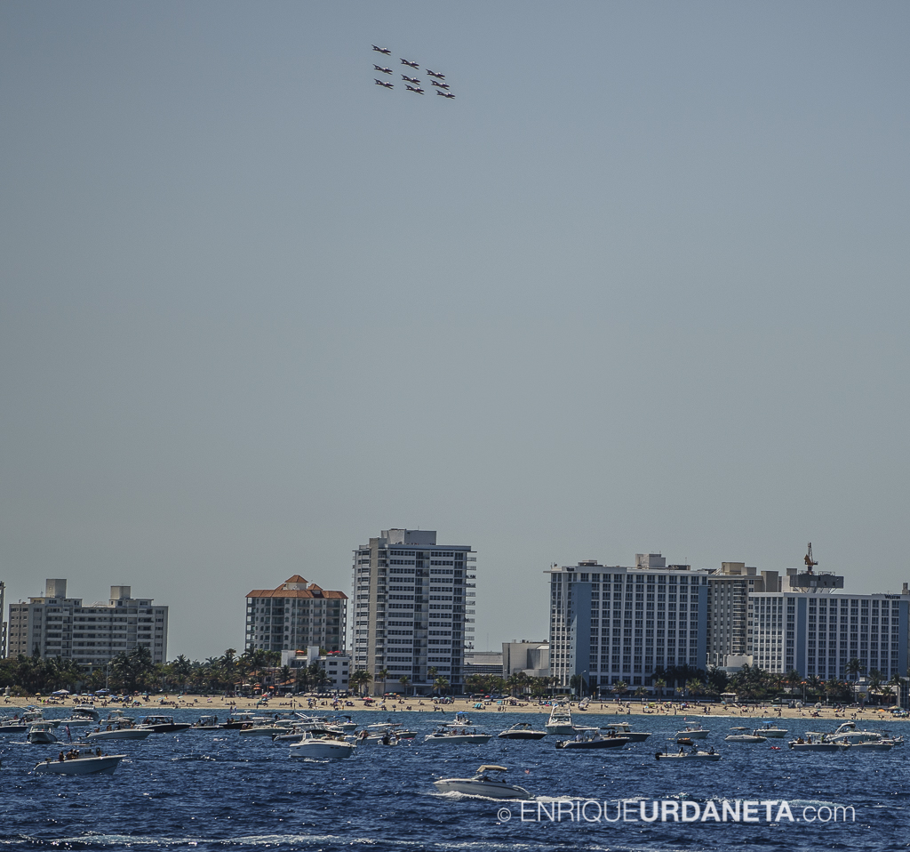Air_Show_Ft_Lauderdale_by_Enrique-Urdaneta_20170507-76.jpg