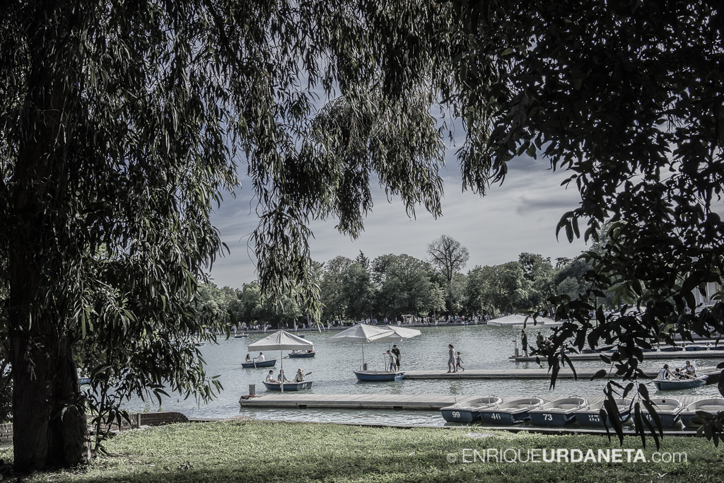 Parque-el-Retiro_by-Enrique-Urdaneta-20170610-2.jpg