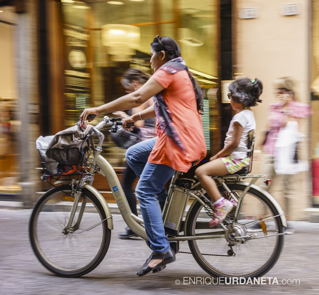 Lucca_Italy_by-Enrique-Urdaneta-20170616-10.jpg