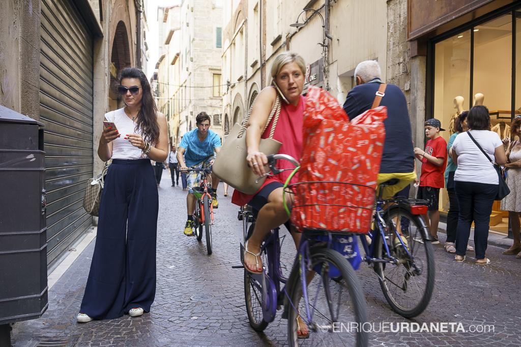 Lucca_Italy_by-Enrique-Urdaneta-20170616-11.jpg