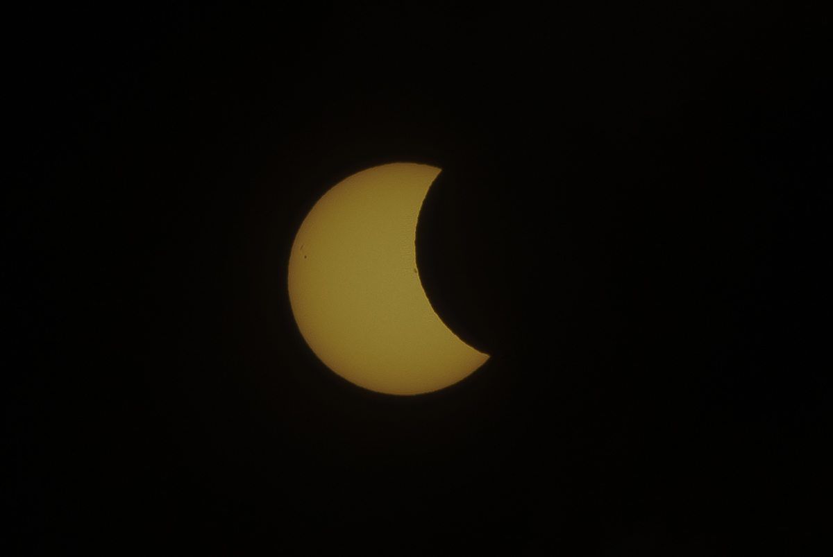 Eclipse_by_Enrique-Urdaneta_20170821-008.jpg