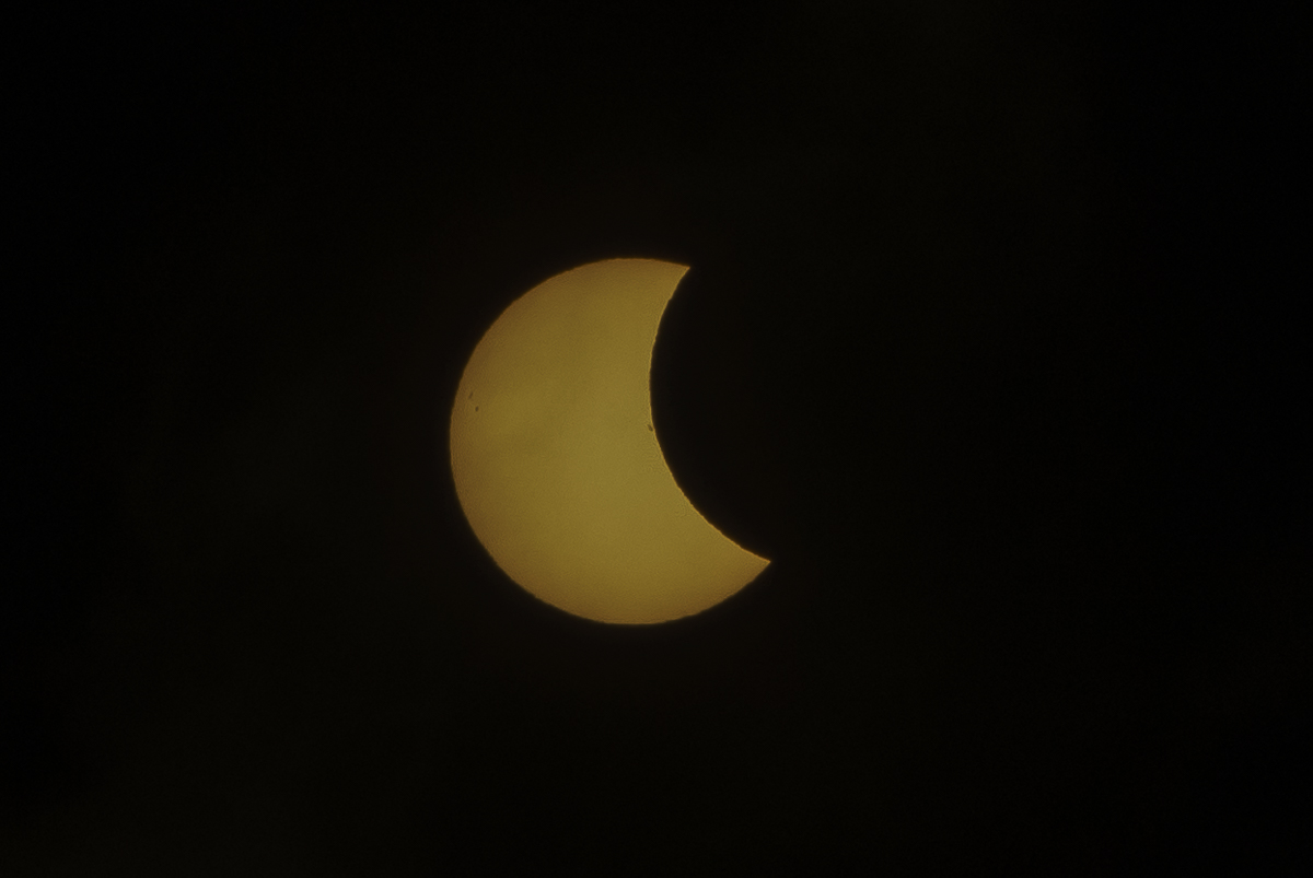 Eclipse_by_Enrique-Urdaneta_20170821-007.jpg