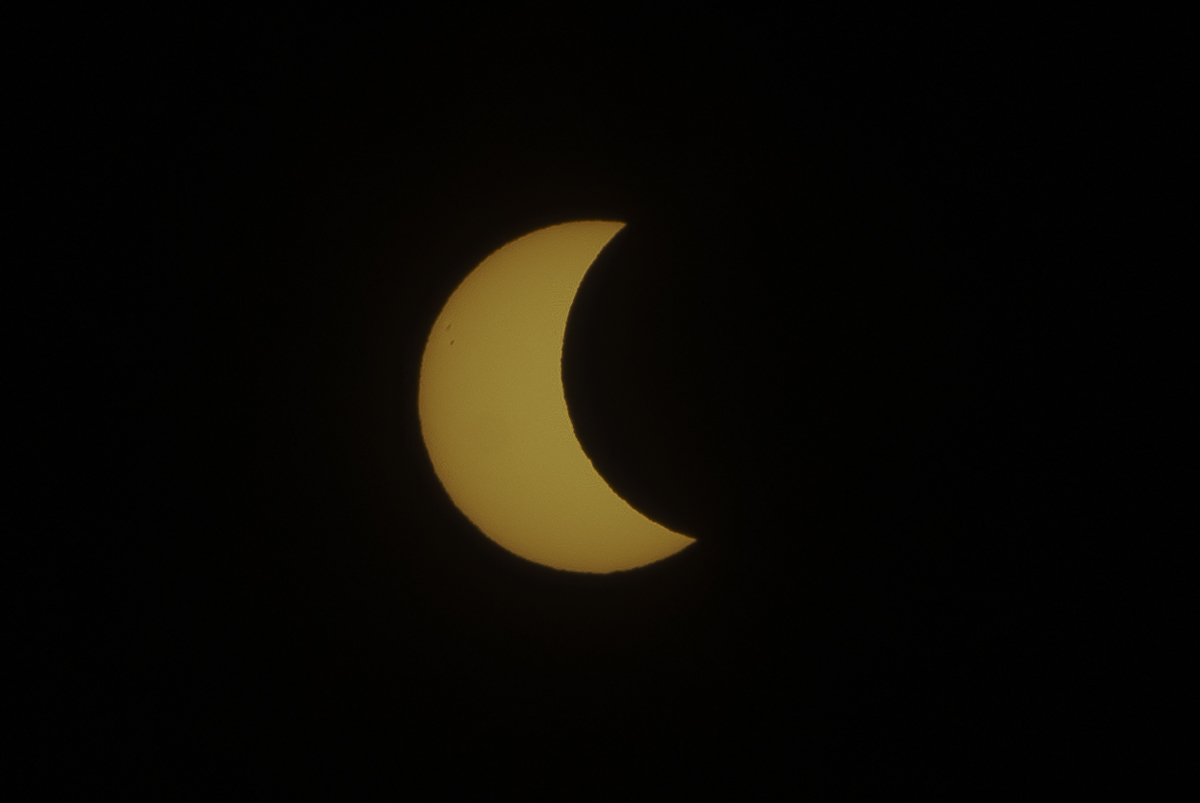 Eclipse_by_Enrique-Urdaneta_20170821-010.jpg