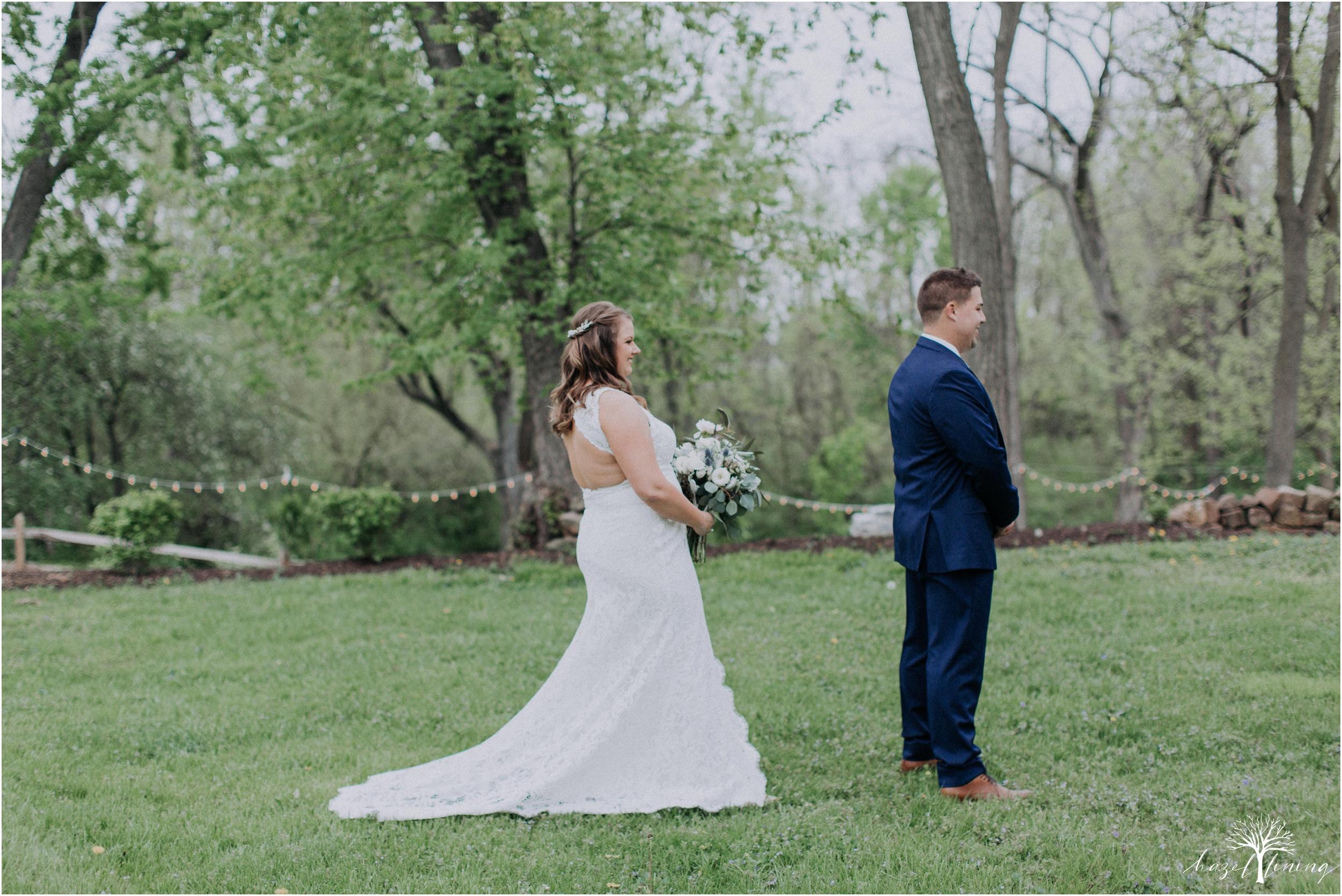 hazel-lining-travel-wedding-elopement-photography-abby-skyler-hunt-the-willis-house-york-pennsylvania-outdoor-estate-wedding_0021.jpg