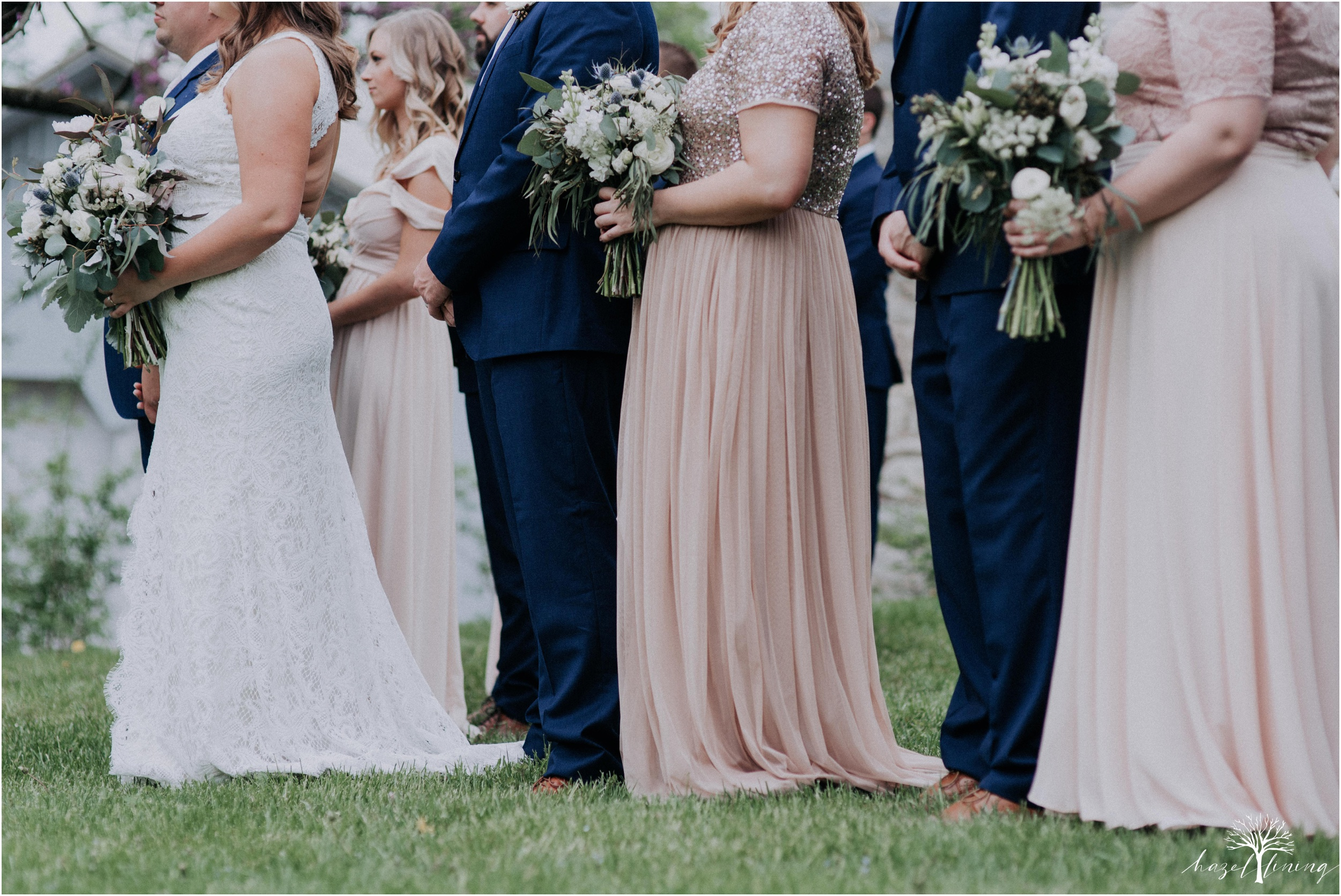 hazel-lining-travel-wedding-elopement-photography-abby-skyler-hunt-the-willis-house-york-pennsylvania-outdoor-estate-wedding_0066.jpg