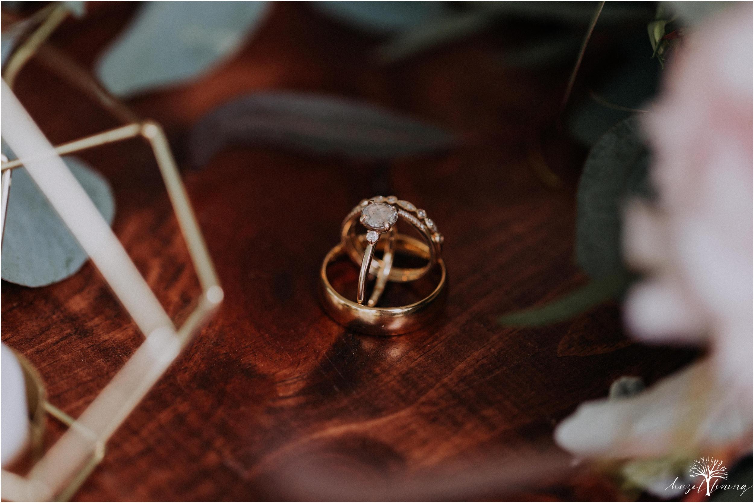 hazel-lining-travel-wedding-elopement-photography-abby-skyler-hunt-the-willis-house-york-pennsylvania-outdoor-estate-wedding_0104.jpg