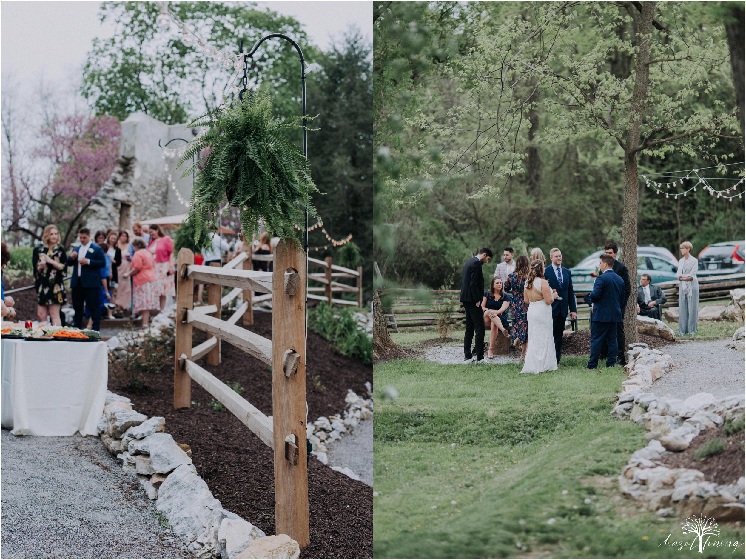 hazel-lining-travel-wedding-elopement-photography-abby-skyler-hunt-the-willis-house-york-pennsylvania-outdoor-estate-wedding_0106.jpg