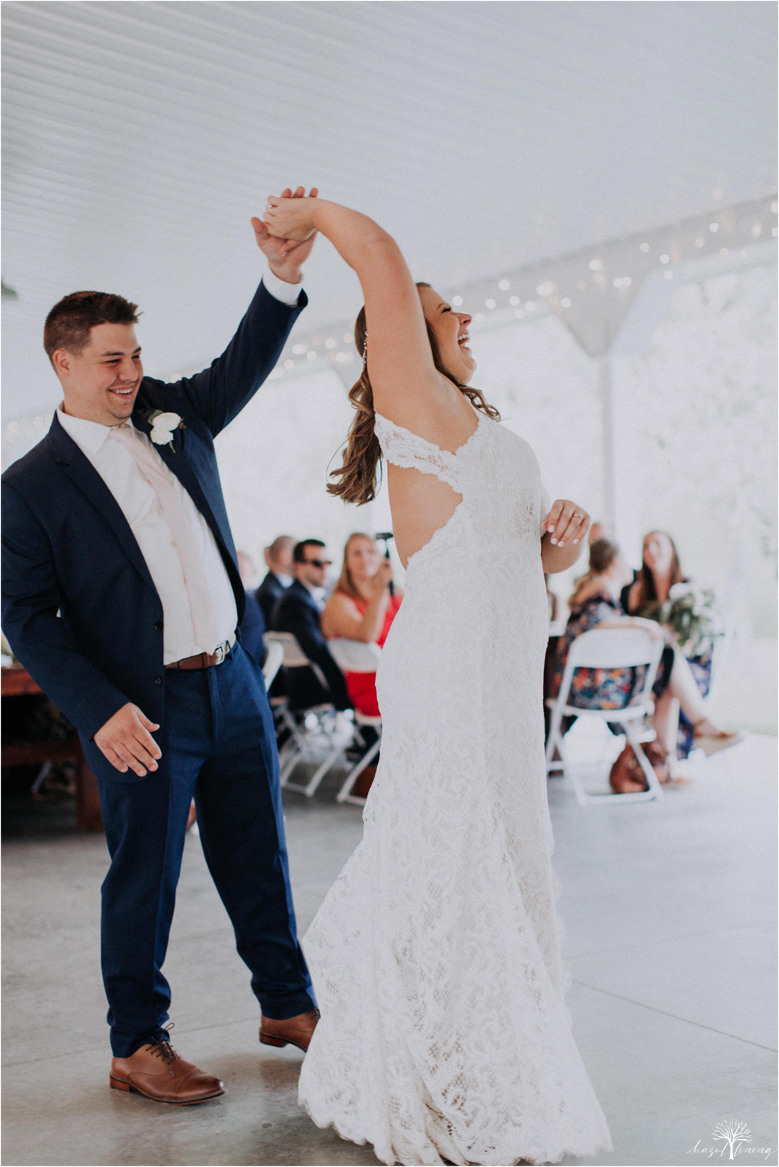 hazel-lining-travel-wedding-elopement-photography-abby-skyler-hunt-the-willis-house-york-pennsylvania-outdoor-estate-wedding_0112.jpg