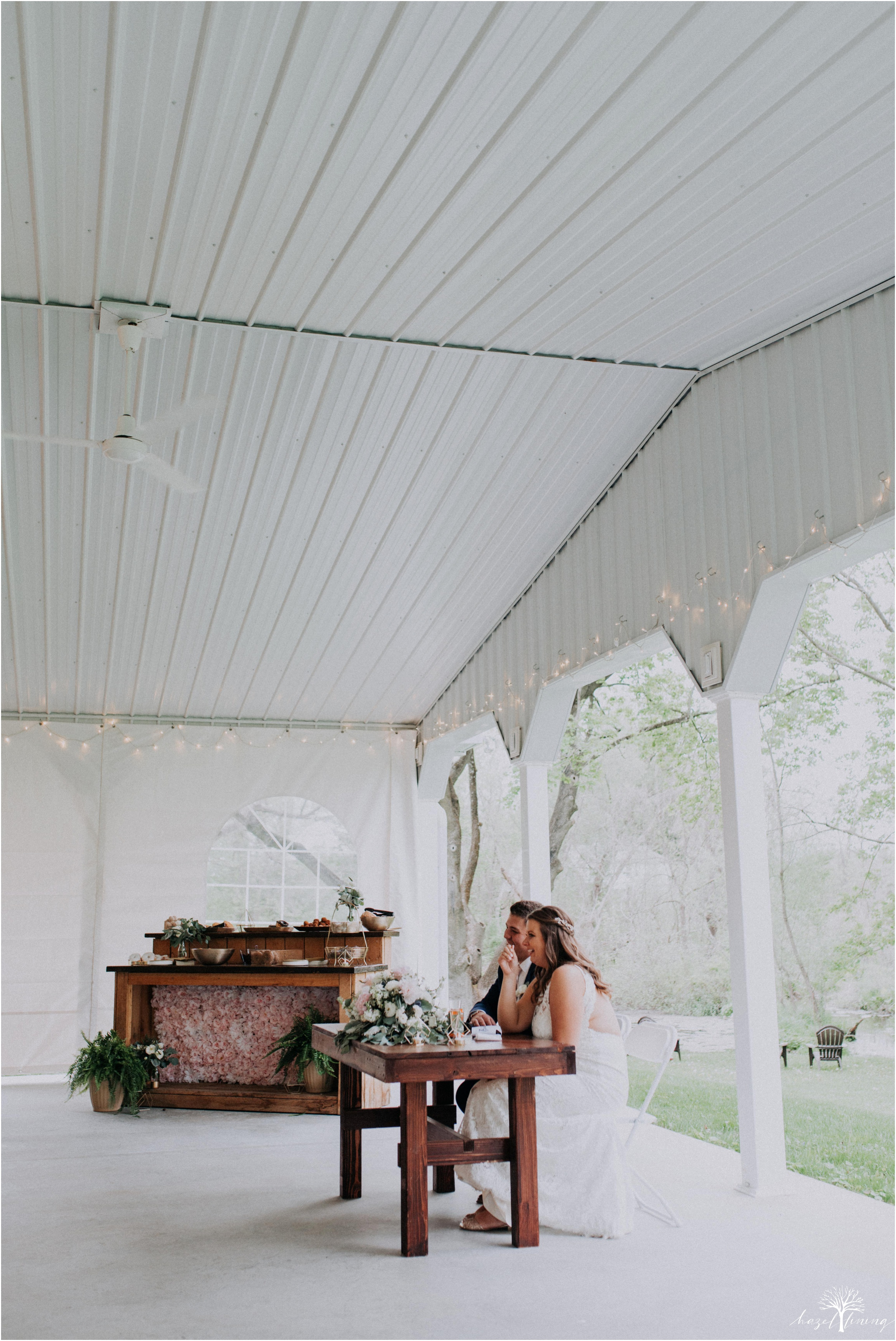 hazel-lining-travel-wedding-elopement-photography-abby-skyler-hunt-the-willis-house-york-pennsylvania-outdoor-estate-wedding_0116.jpg