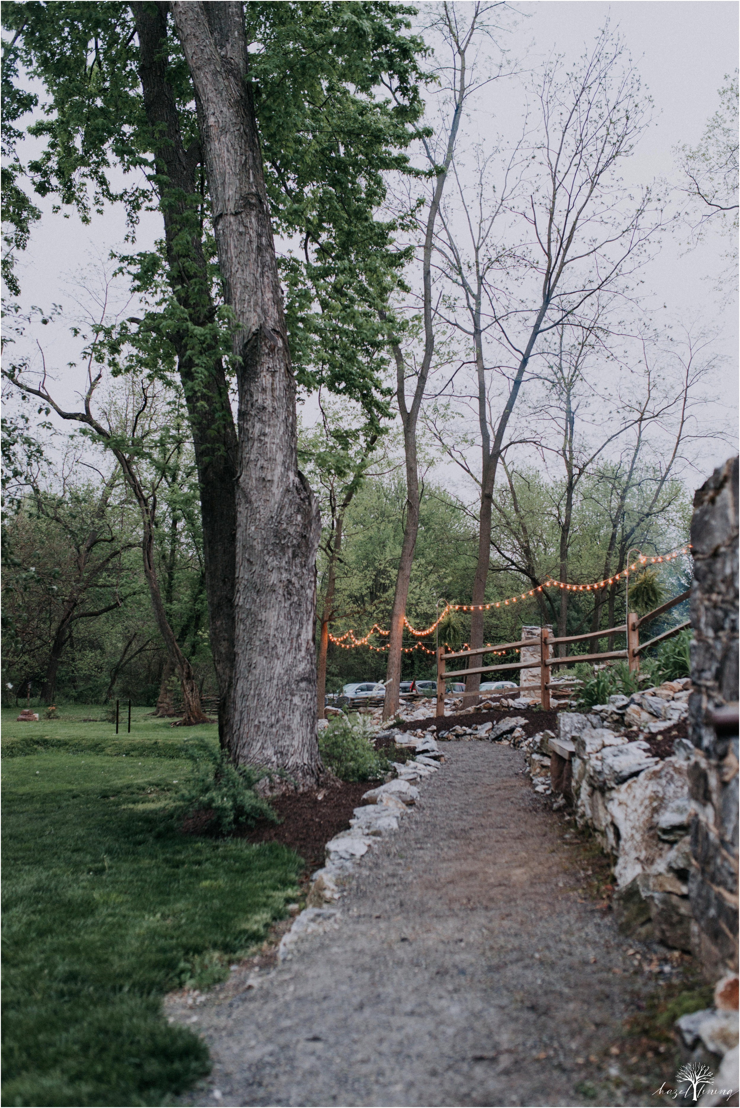 hazel-lining-travel-wedding-elopement-photography-abby-skyler-hunt-the-willis-house-york-pennsylvania-outdoor-estate-wedding_0124.jpg