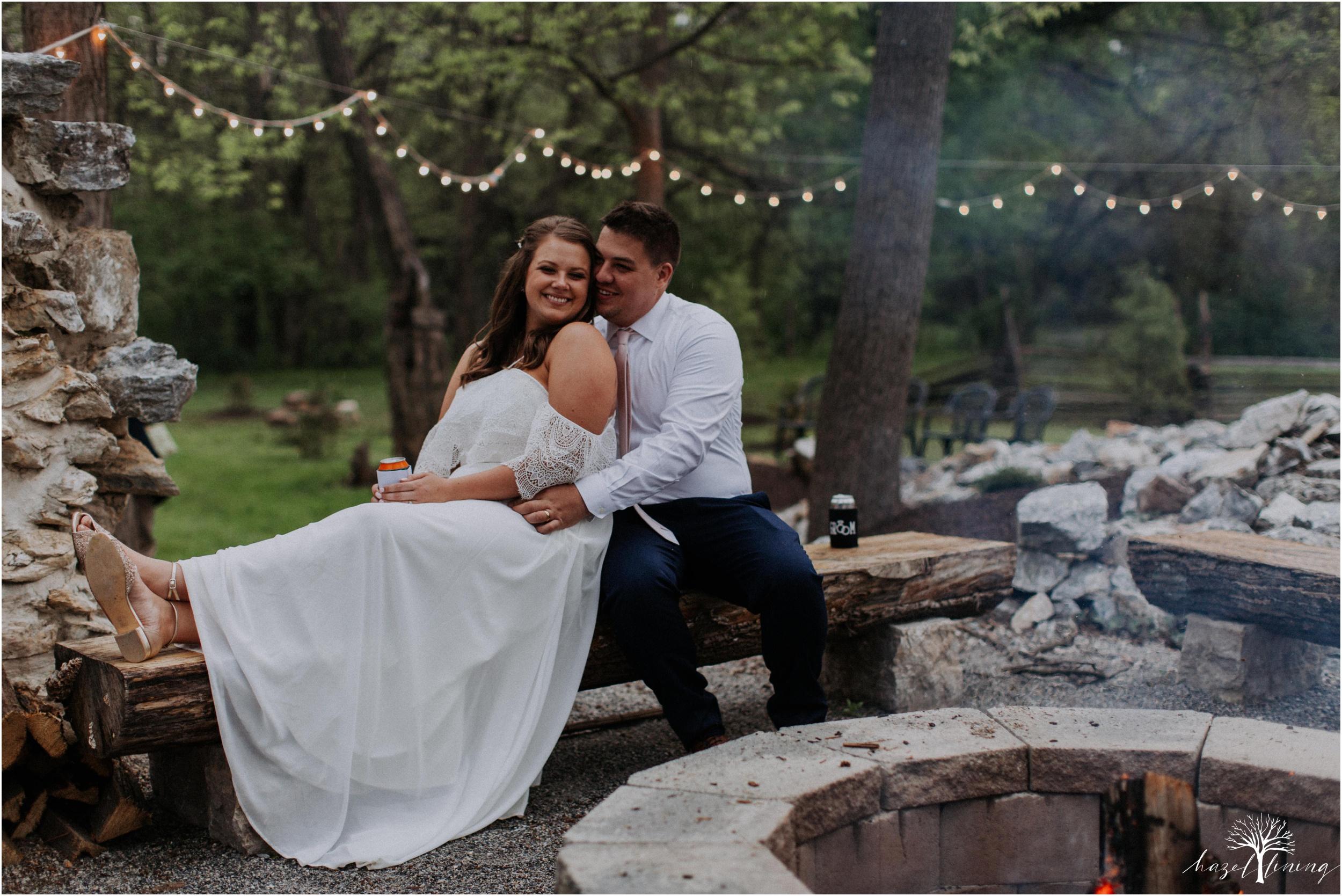 hazel-lining-travel-wedding-elopement-photography-abby-skyler-hunt-the-willis-house-york-pennsylvania-outdoor-estate-wedding_0134.jpg