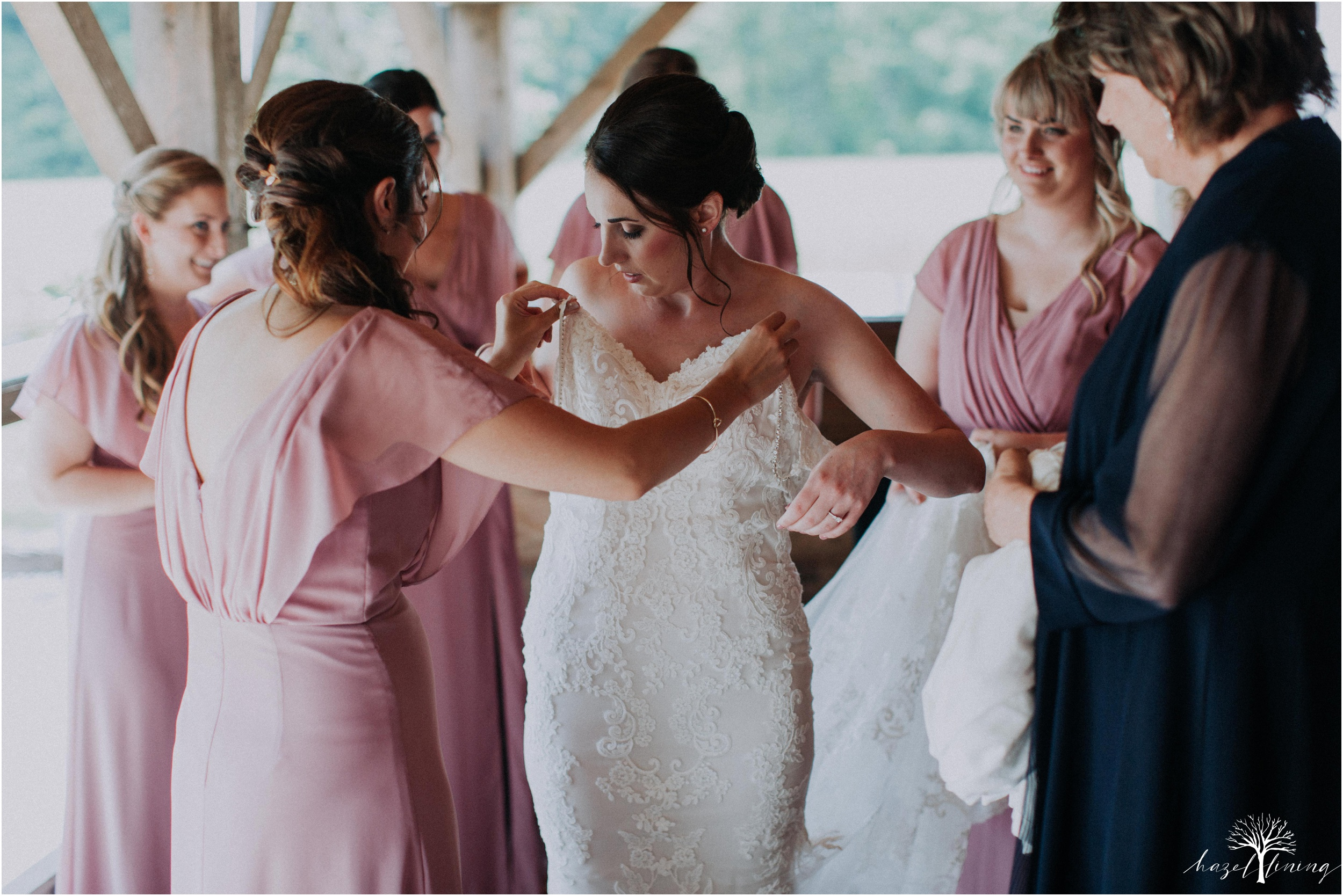 hazel-lining-travel-wedding-elopement-photography-lisa-landon-shoemaker-the-farm-bakery-and-events-bucks-county-quakertown-pennsylvania-summer-country-outdoor-farm-wedding_0007.jpg