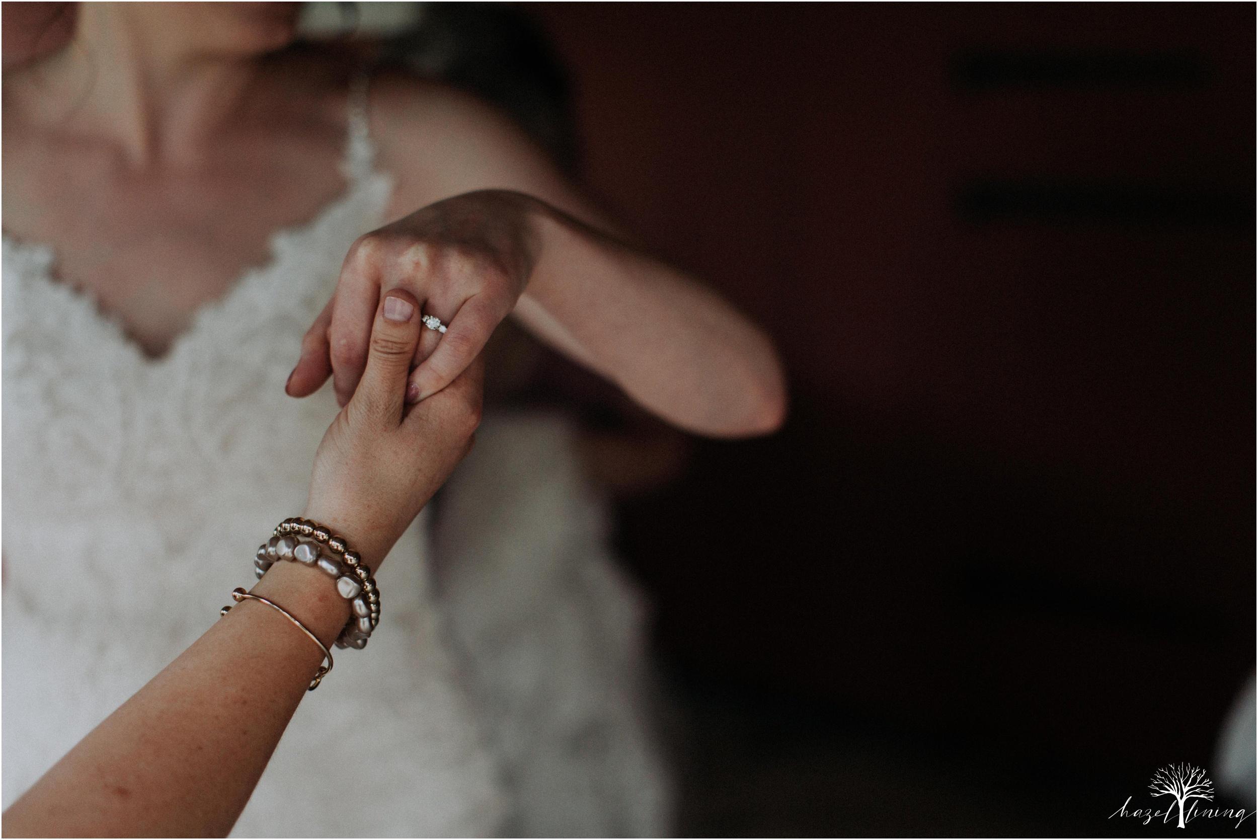 hazel-lining-travel-wedding-elopement-photography-lisa-landon-shoemaker-the-farm-bakery-and-events-bucks-county-quakertown-pennsylvania-summer-country-outdoor-farm-wedding_0011.jpg