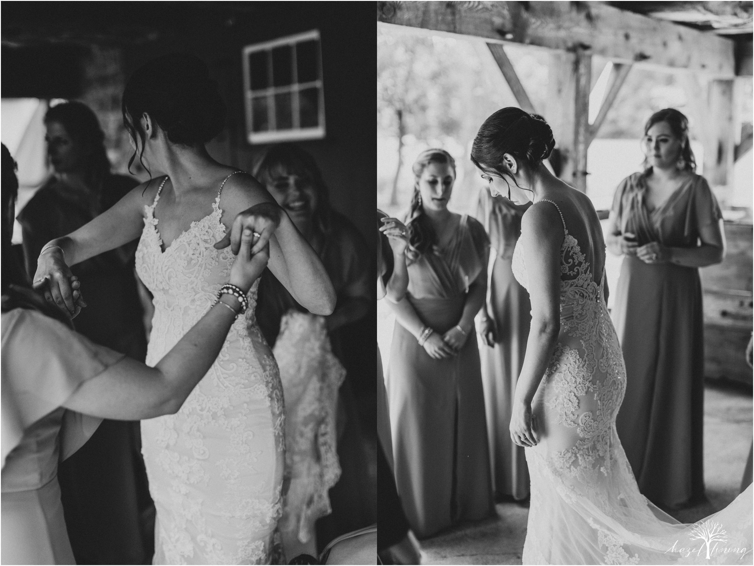 hazel-lining-travel-wedding-elopement-photography-lisa-landon-shoemaker-the-farm-bakery-and-events-bucks-county-quakertown-pennsylvania-summer-country-outdoor-farm-wedding_0013.jpg