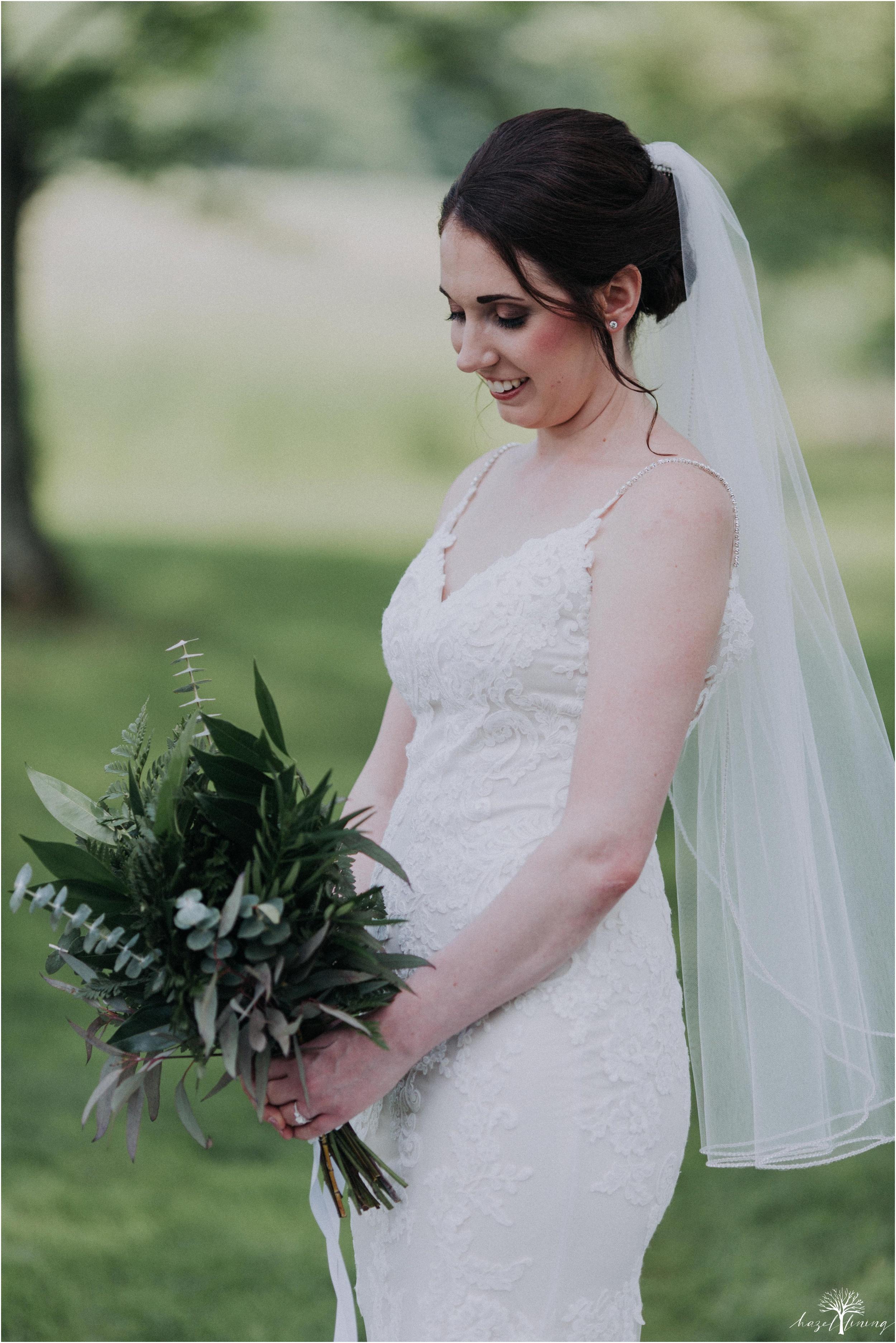 hazel-lining-travel-wedding-elopement-photography-lisa-landon-shoemaker-the-farm-bakery-and-events-bucks-county-quakertown-pennsylvania-summer-country-outdoor-farm-wedding_0019.jpg