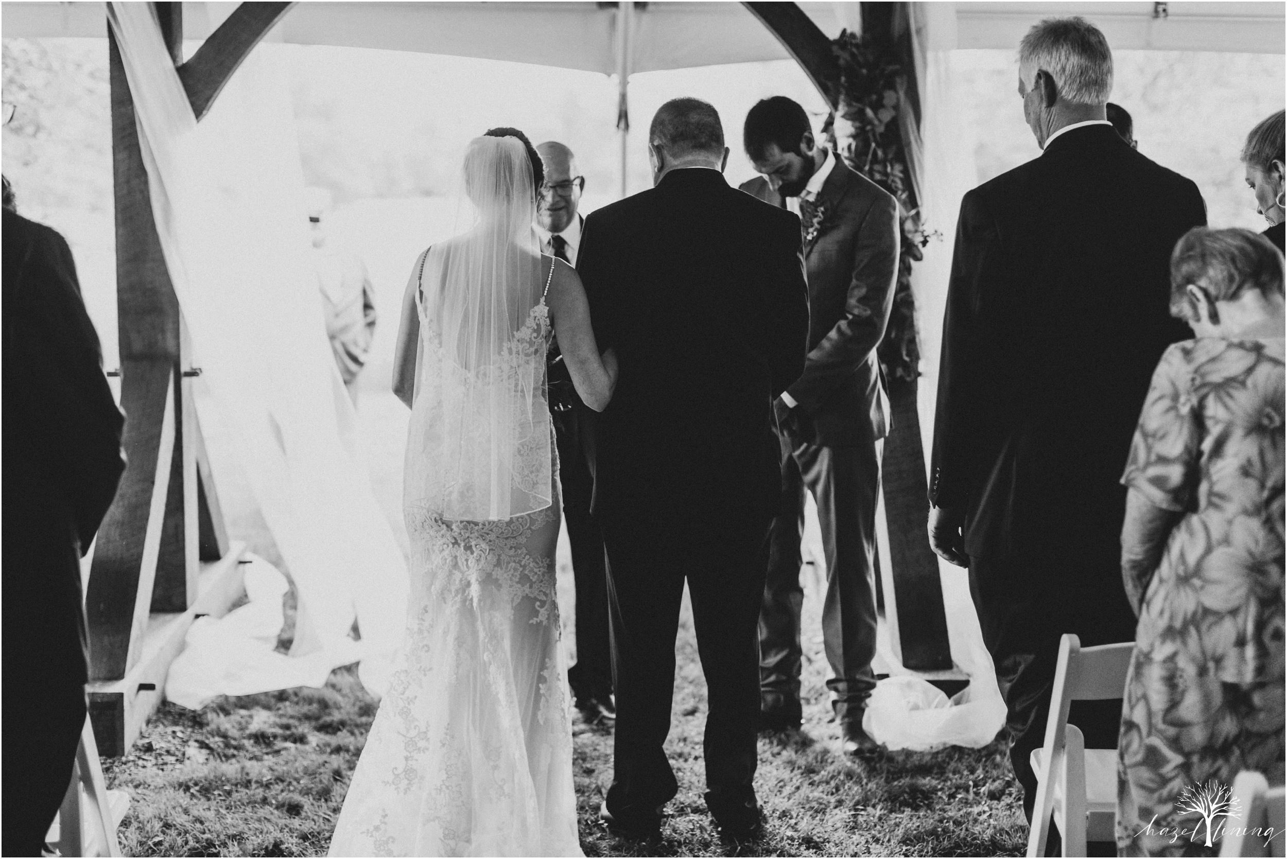 hazel-lining-travel-wedding-elopement-photography-lisa-landon-shoemaker-the-farm-bakery-and-events-bucks-county-quakertown-pennsylvania-summer-country-outdoor-farm-wedding_0054.jpg
