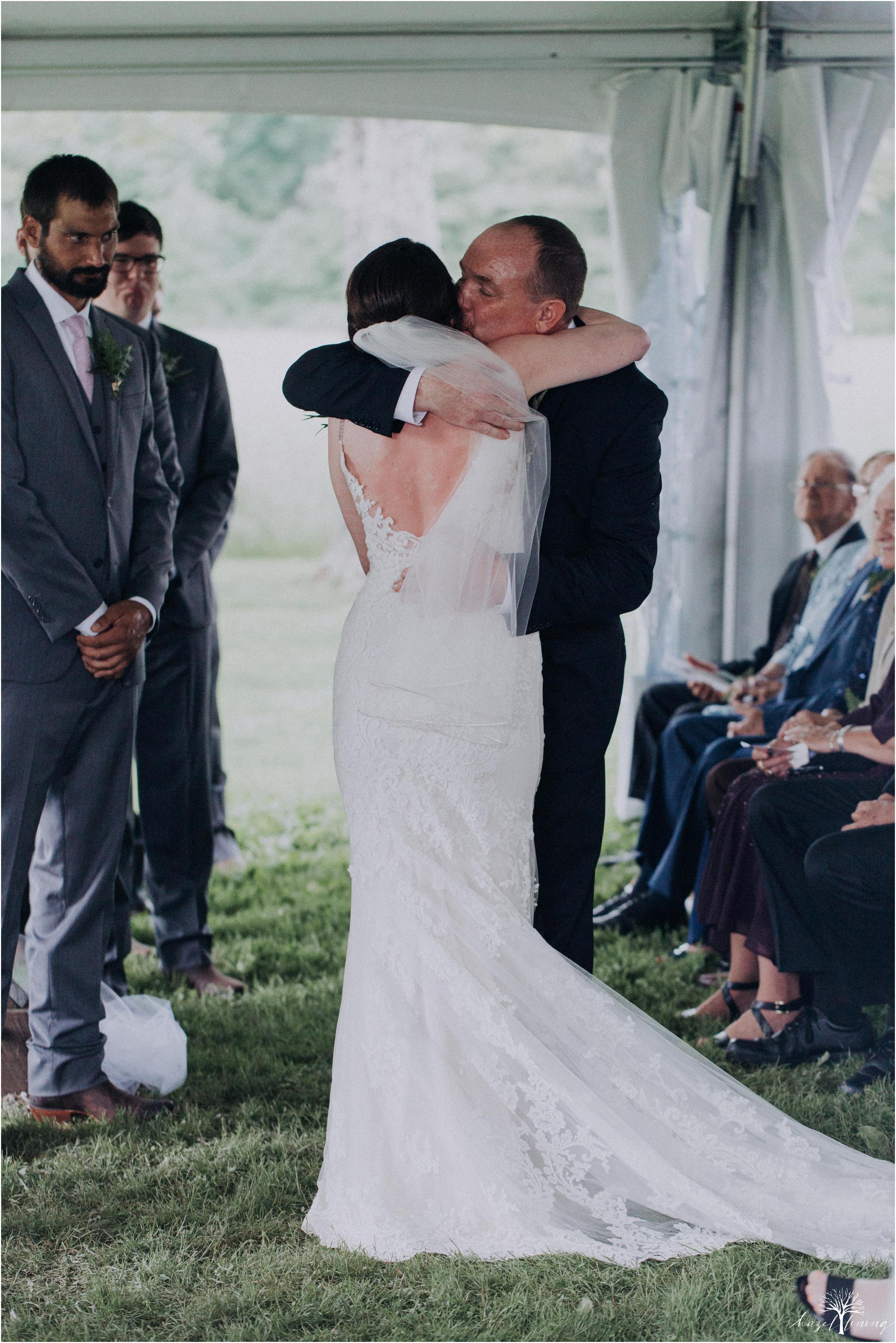 hazel-lining-travel-wedding-elopement-photography-lisa-landon-shoemaker-the-farm-bakery-and-events-bucks-county-quakertown-pennsylvania-summer-country-outdoor-farm-wedding_0055.jpg