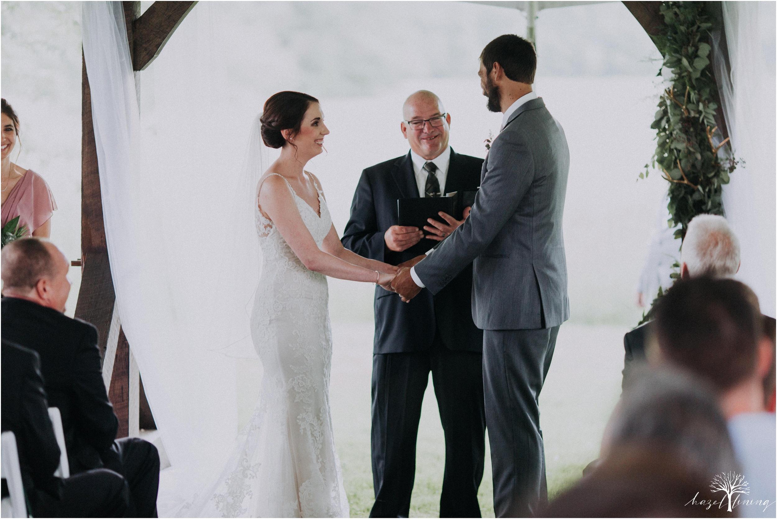 hazel-lining-travel-wedding-elopement-photography-lisa-landon-shoemaker-the-farm-bakery-and-events-bucks-county-quakertown-pennsylvania-summer-country-outdoor-farm-wedding_0059.jpg