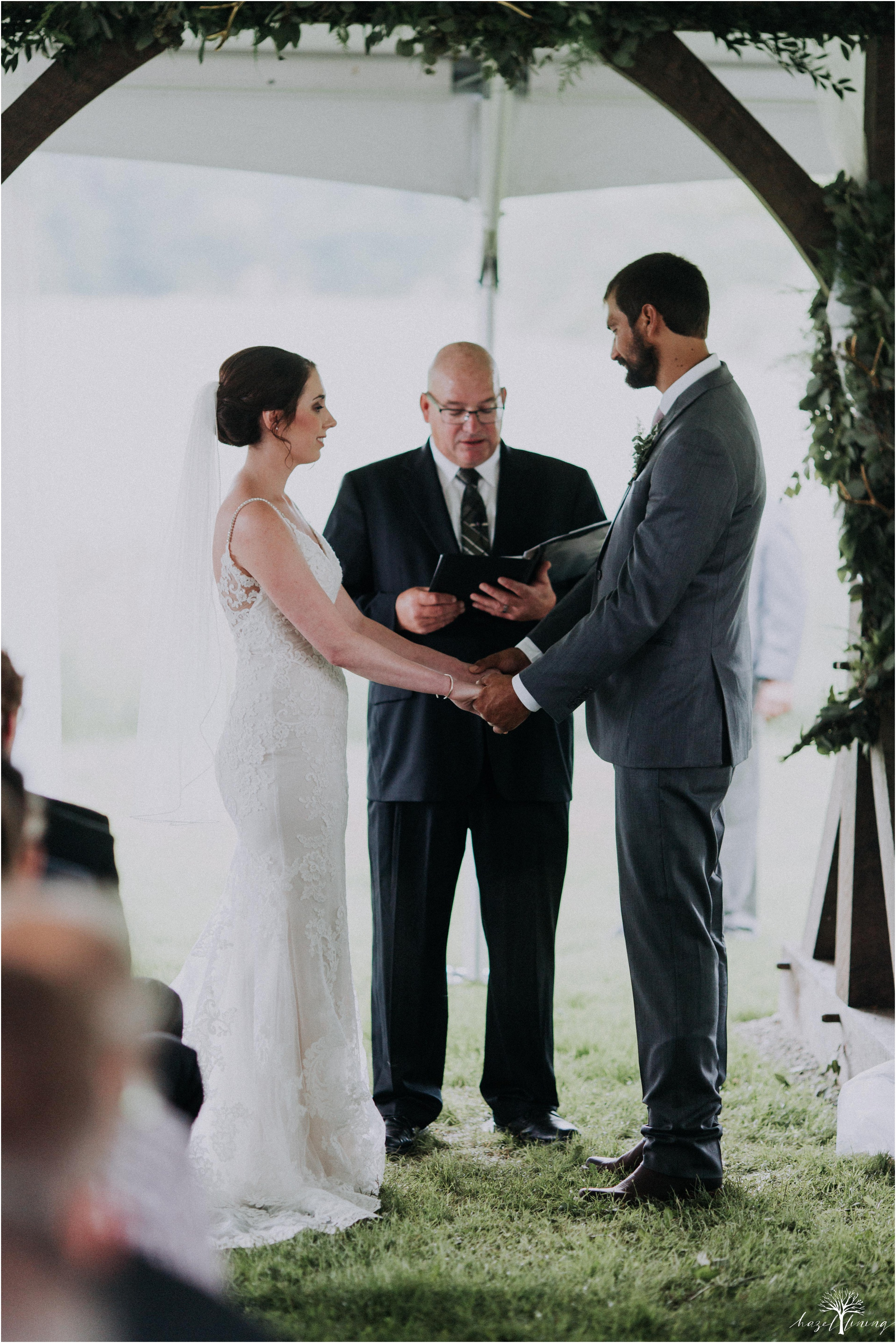 hazel-lining-travel-wedding-elopement-photography-lisa-landon-shoemaker-the-farm-bakery-and-events-bucks-county-quakertown-pennsylvania-summer-country-outdoor-farm-wedding_0058.jpg