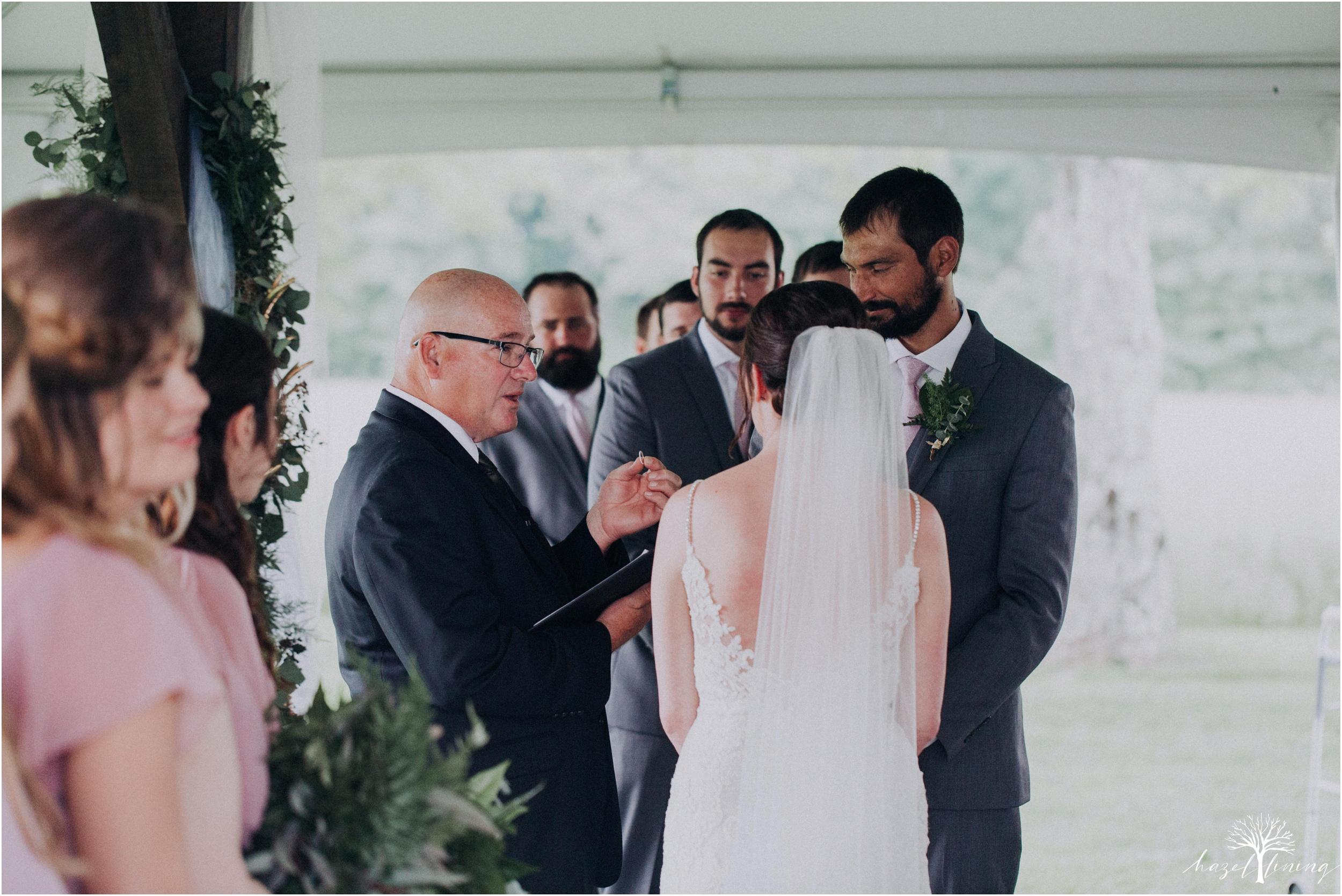 hazel-lining-travel-wedding-elopement-photography-lisa-landon-shoemaker-the-farm-bakery-and-events-bucks-county-quakertown-pennsylvania-summer-country-outdoor-farm-wedding_0062.jpg