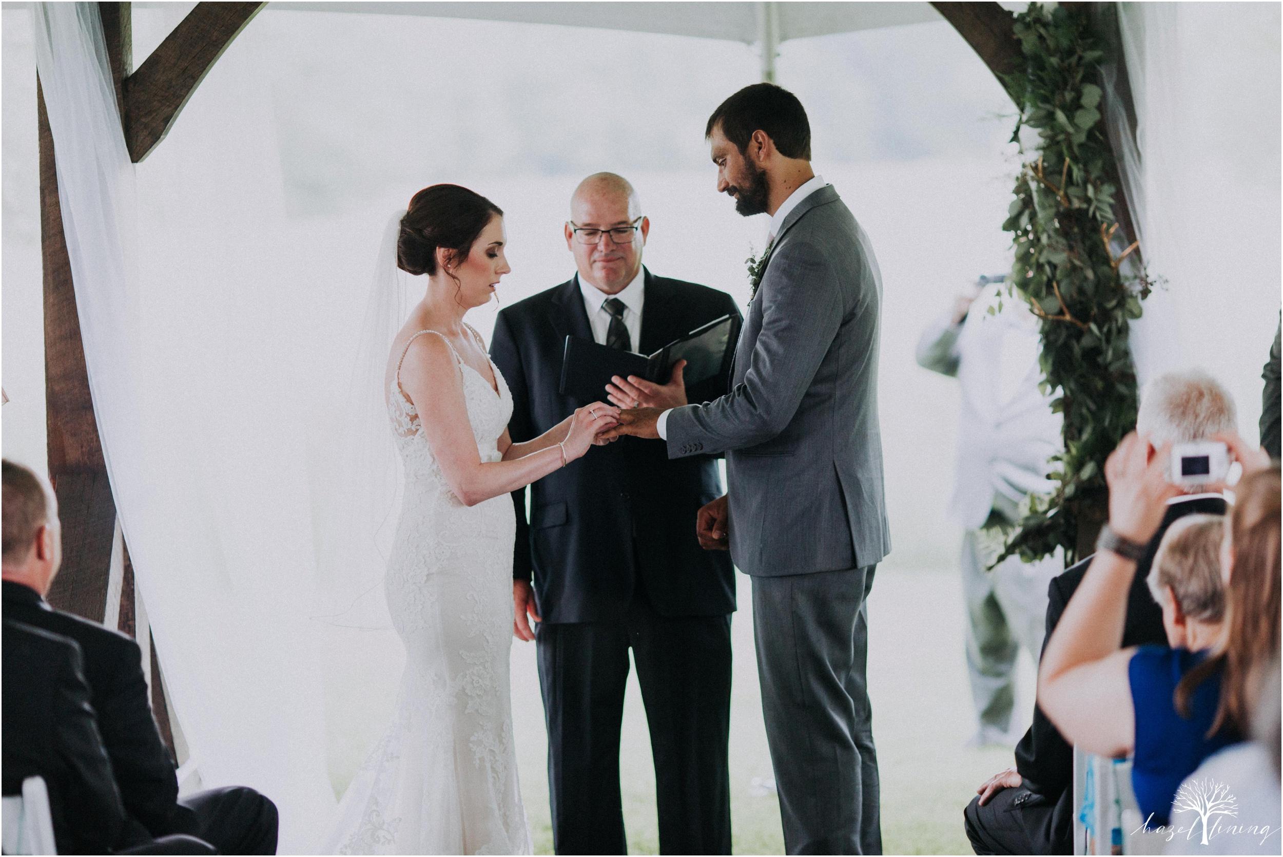 hazel-lining-travel-wedding-elopement-photography-lisa-landon-shoemaker-the-farm-bakery-and-events-bucks-county-quakertown-pennsylvania-summer-country-outdoor-farm-wedding_0063.jpg