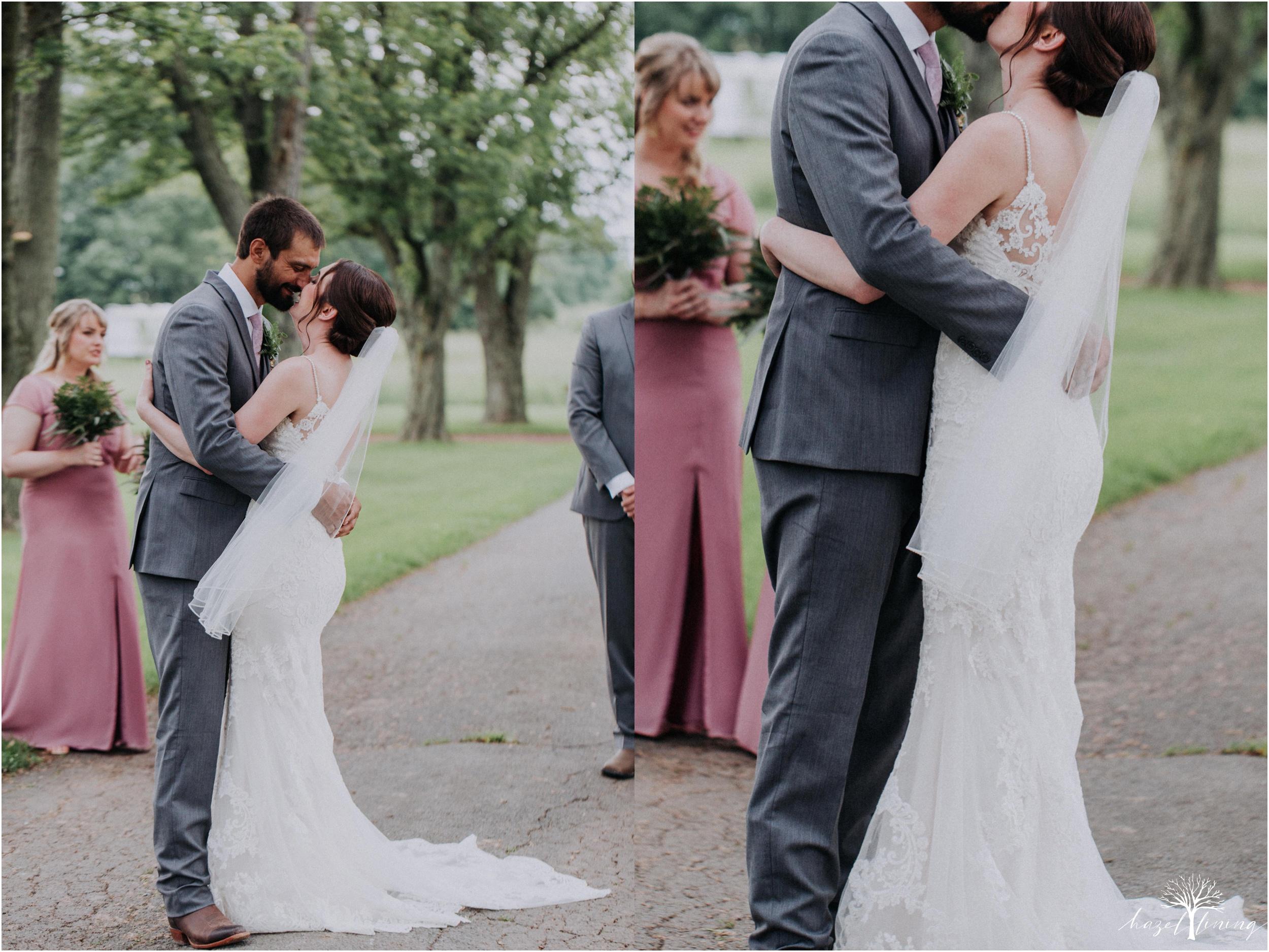 hazel-lining-travel-wedding-elopement-photography-lisa-landon-shoemaker-the-farm-bakery-and-events-bucks-county-quakertown-pennsylvania-summer-country-outdoor-farm-wedding_0074.jpg