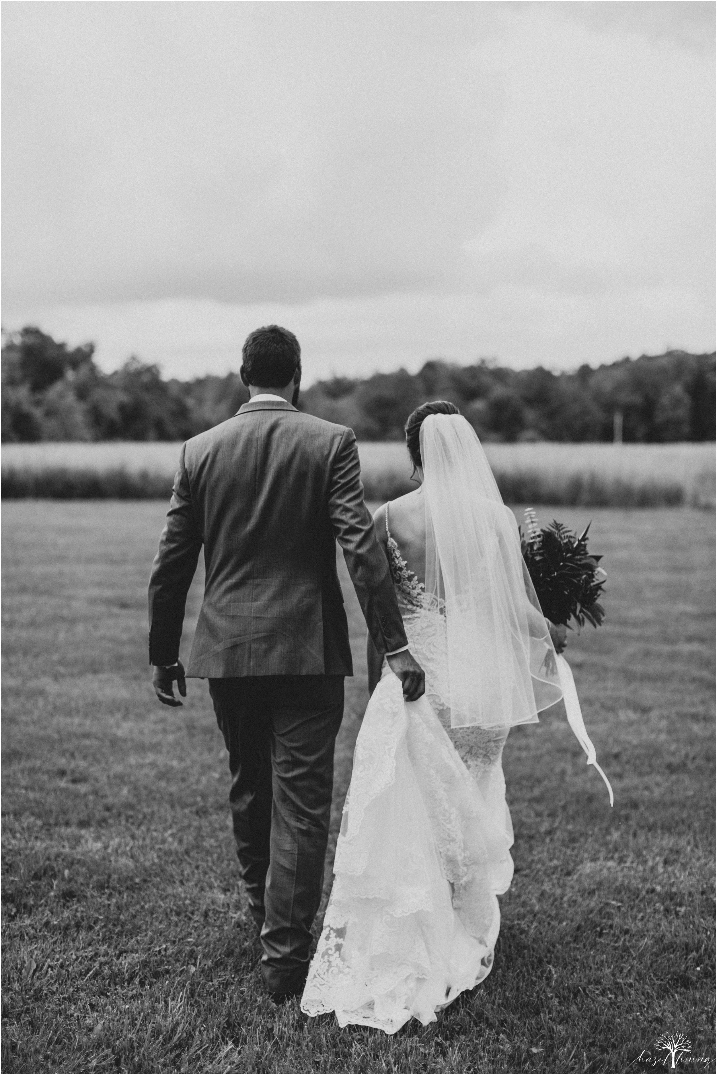 hazel-lining-travel-wedding-elopement-photography-lisa-landon-shoemaker-the-farm-bakery-and-events-bucks-county-quakertown-pennsylvania-summer-country-outdoor-farm-wedding_0082.jpg