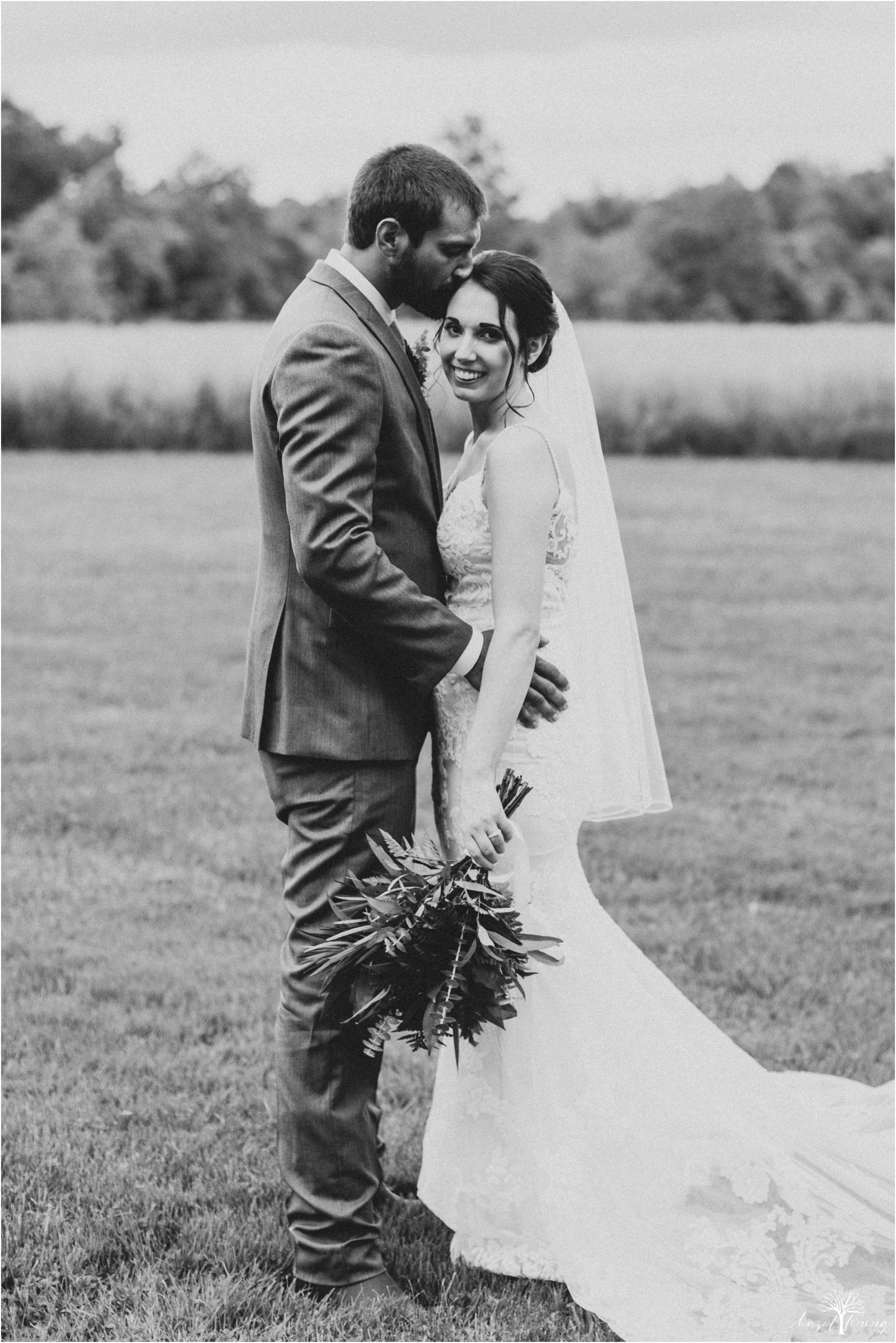 hazel-lining-travel-wedding-elopement-photography-lisa-landon-shoemaker-the-farm-bakery-and-events-bucks-county-quakertown-pennsylvania-summer-country-outdoor-farm-wedding_0083.jpg