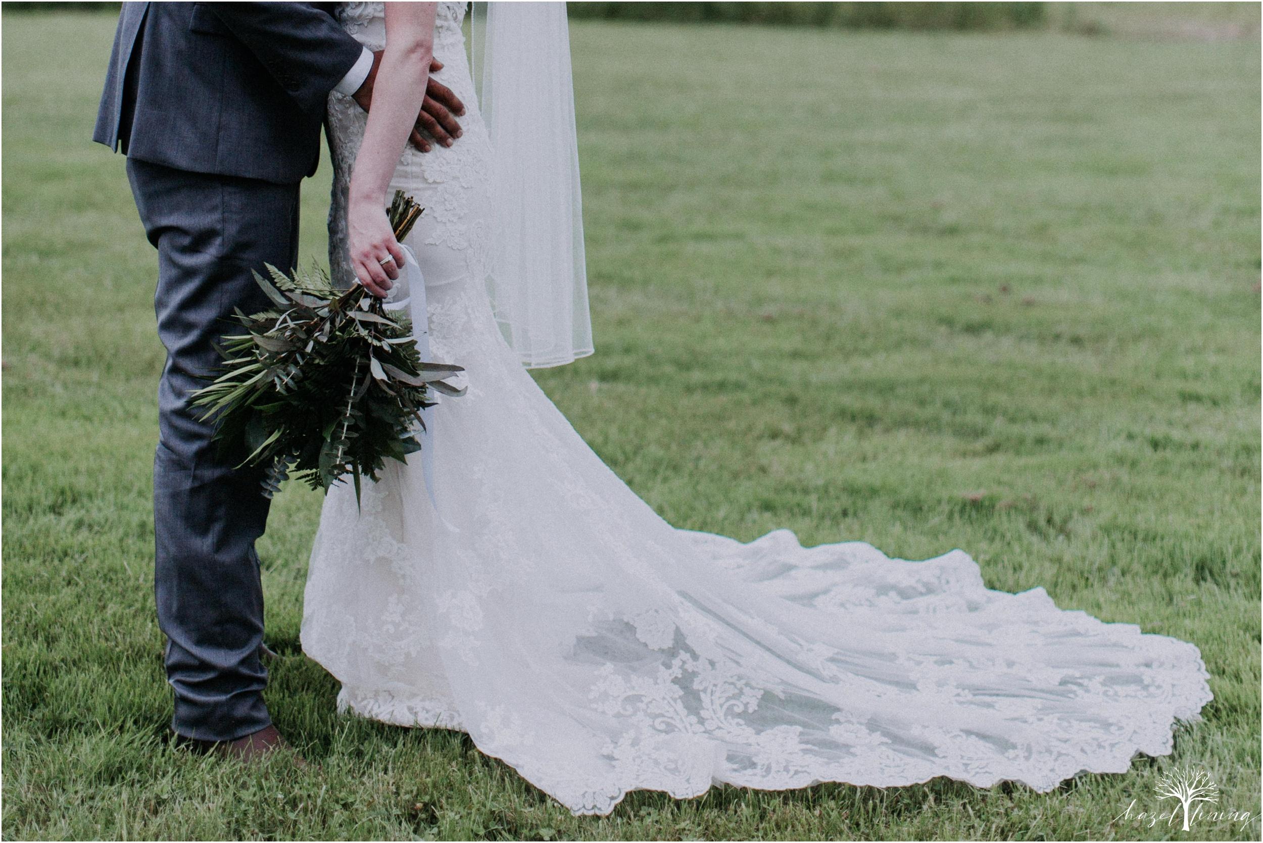 hazel-lining-travel-wedding-elopement-photography-lisa-landon-shoemaker-the-farm-bakery-and-events-bucks-county-quakertown-pennsylvania-summer-country-outdoor-farm-wedding_0085.jpg